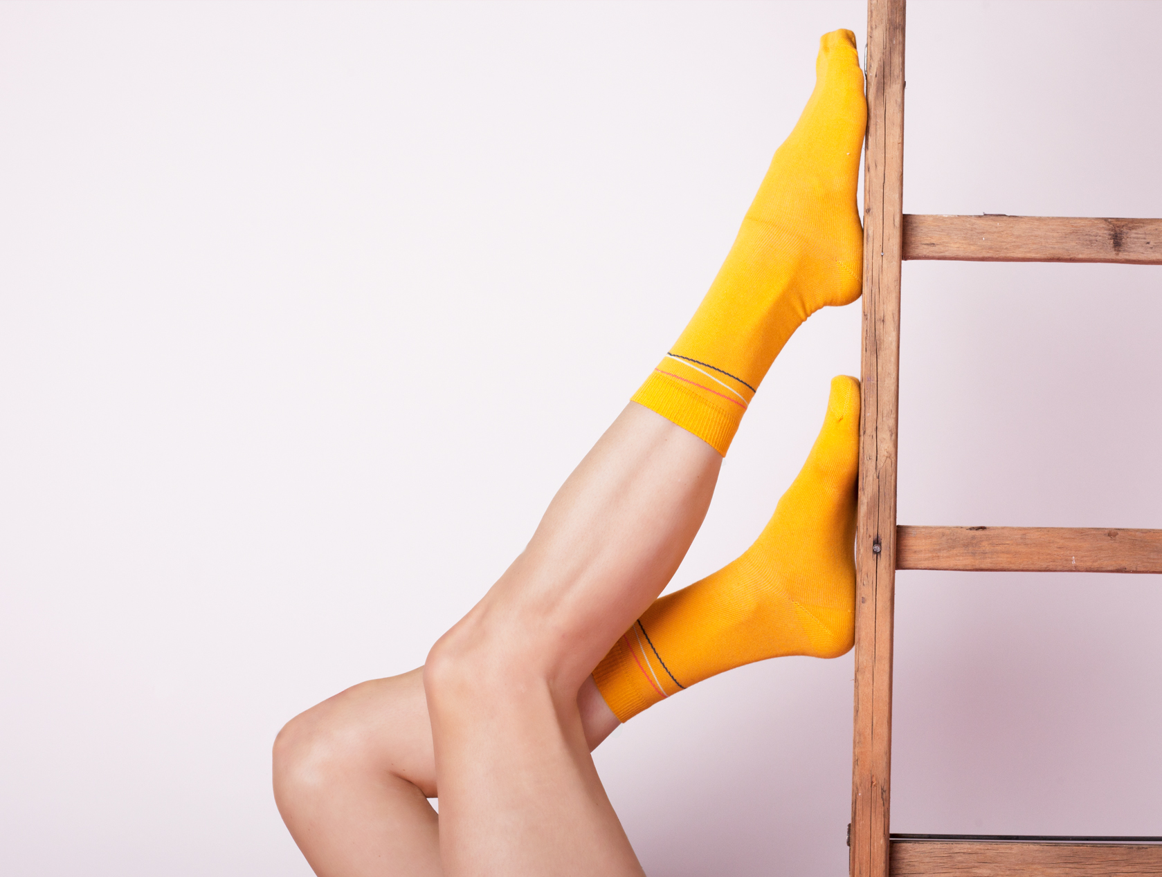 MUSTARD MULTI-COLOURED DIAGONAL STRIPES ANKLE SOCKS.jpg