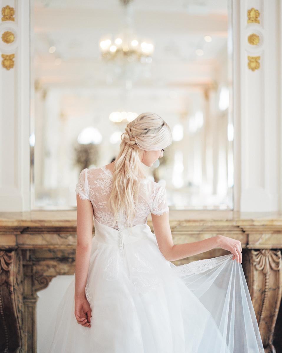 intimate -omantic-wedding