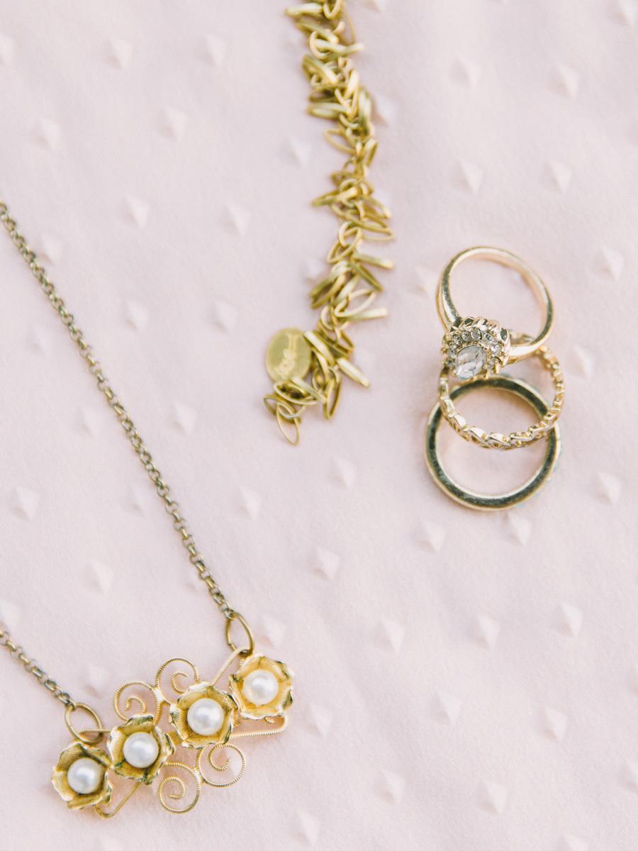 golden-bridal-accessories-necklace-rings-bracelet