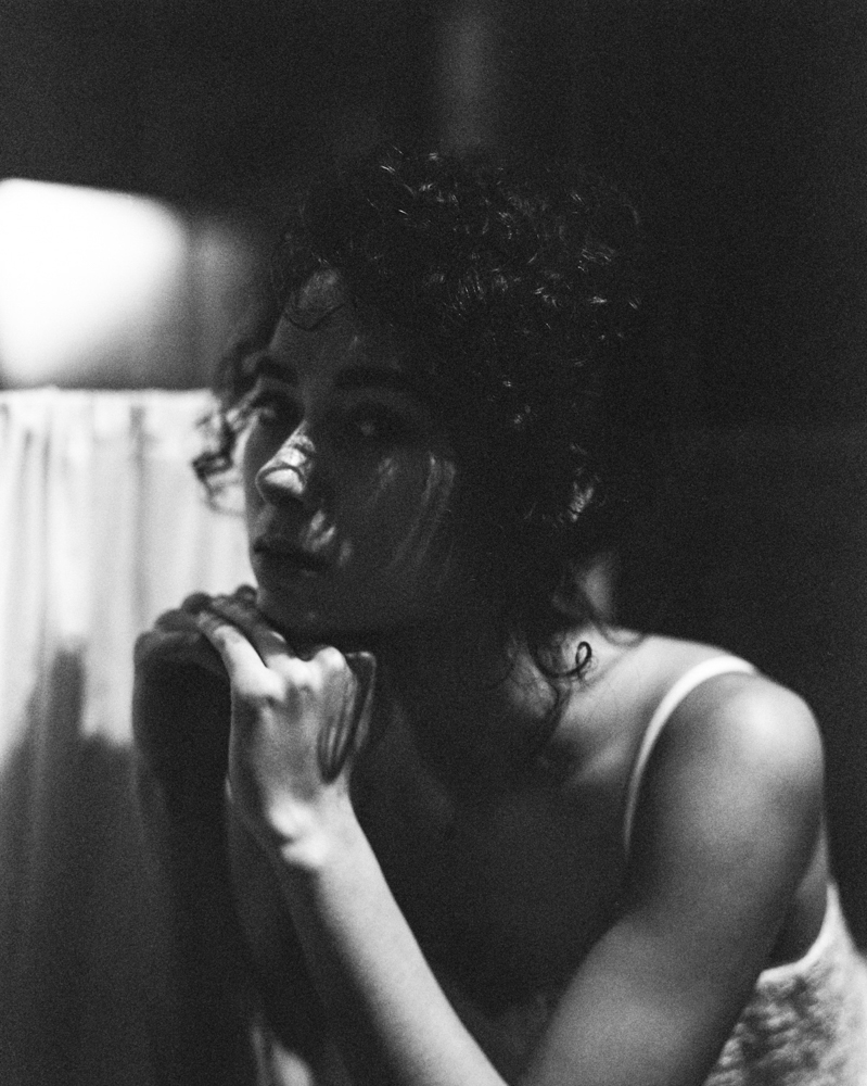 Black and white film portrait photography - Fine art portraitur