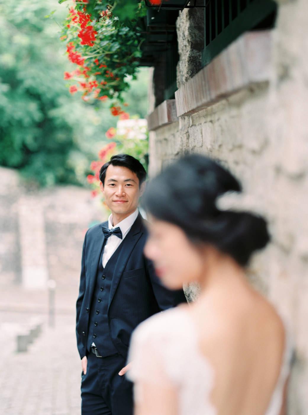 Intimate_Paris_Wedding_Montmatre_Photoshoot_Engagement_session