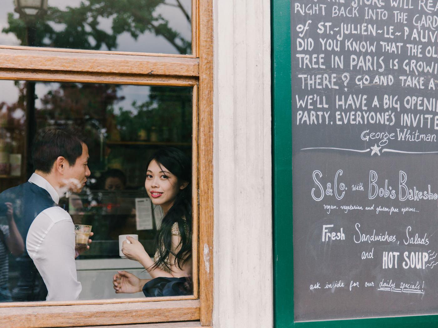 Paris_Wedding_Photographer_the_Seine_Elopment_Photoshoot_Engagem