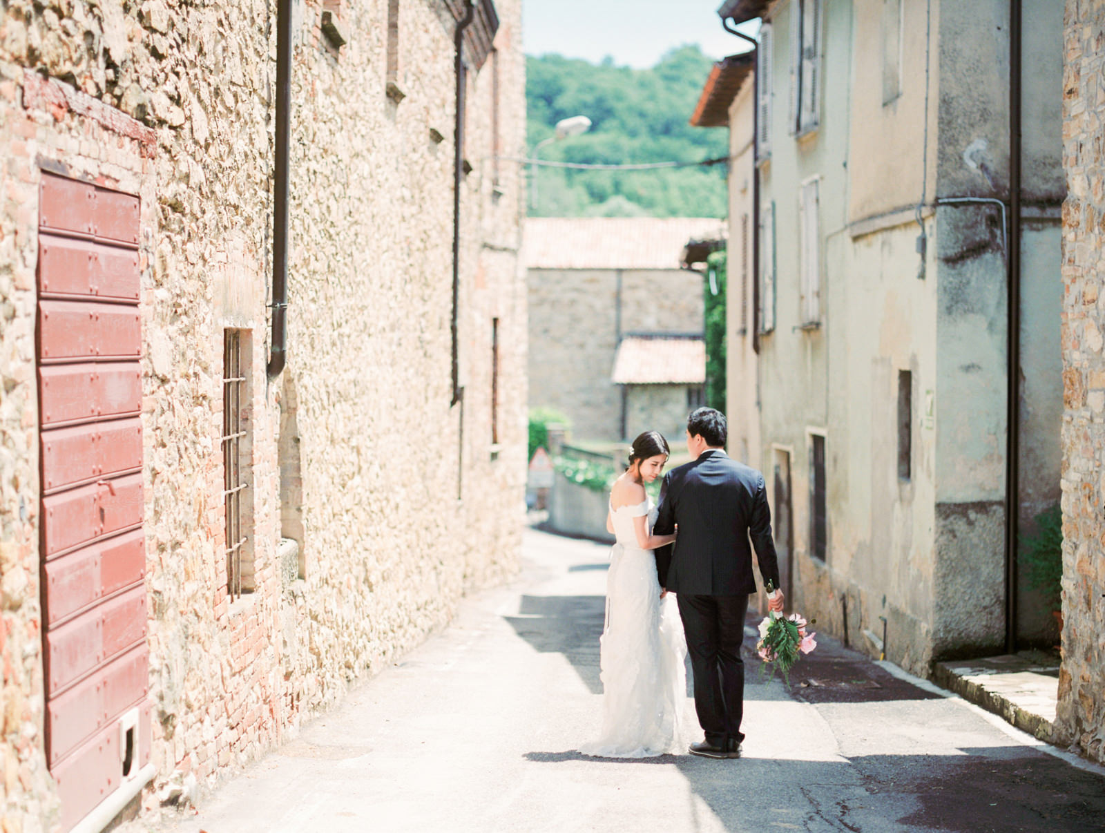Destination Wedding in Milan Italy by  Fine Art Photographer CHY