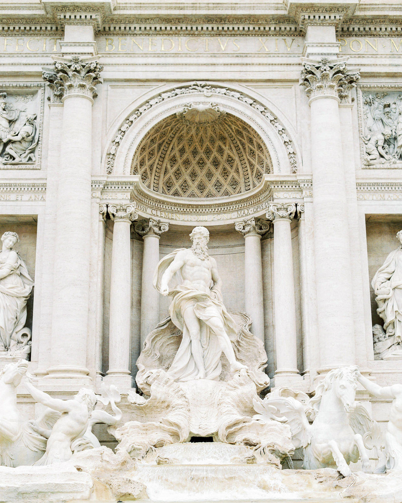 Engagement Session at Trevi Fountain Rome. Photo by CHYMO & MORE