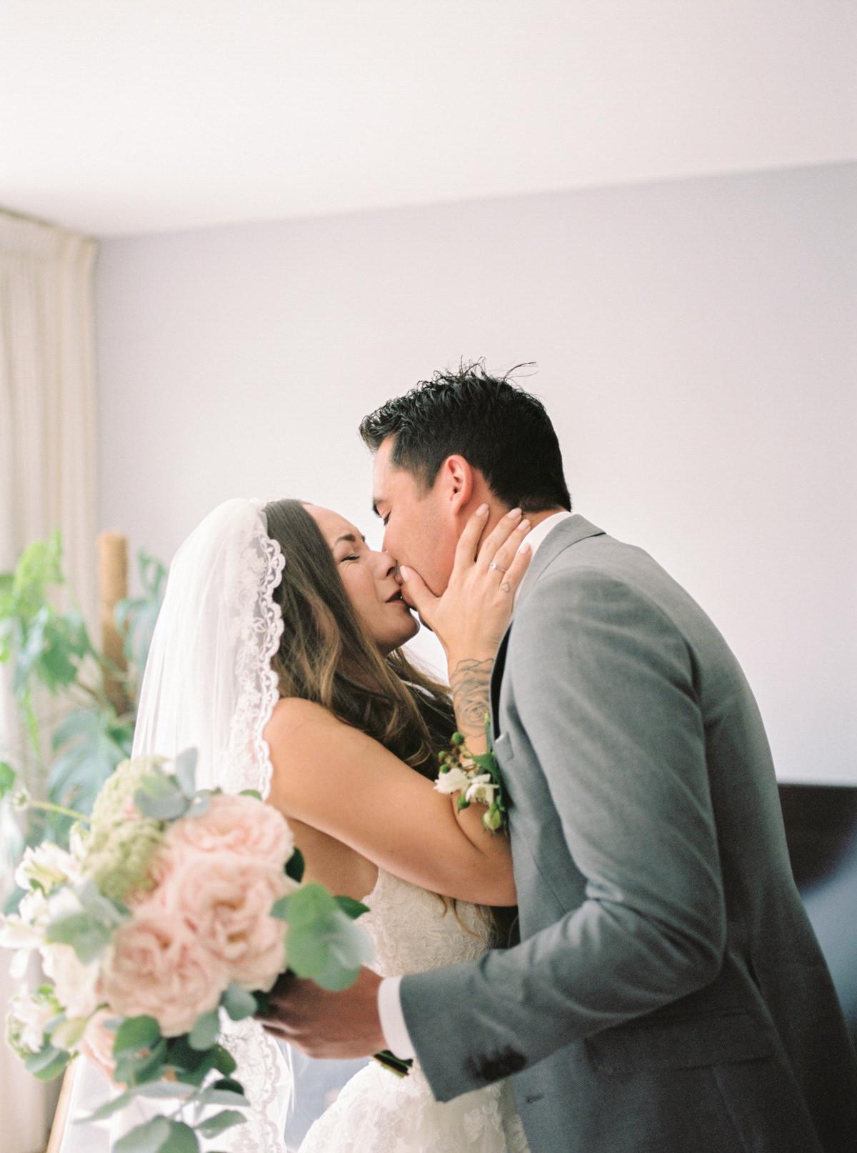 CHYMO_MORE_Photography_romantic_fine_art_wedding_groot_warnsborn
