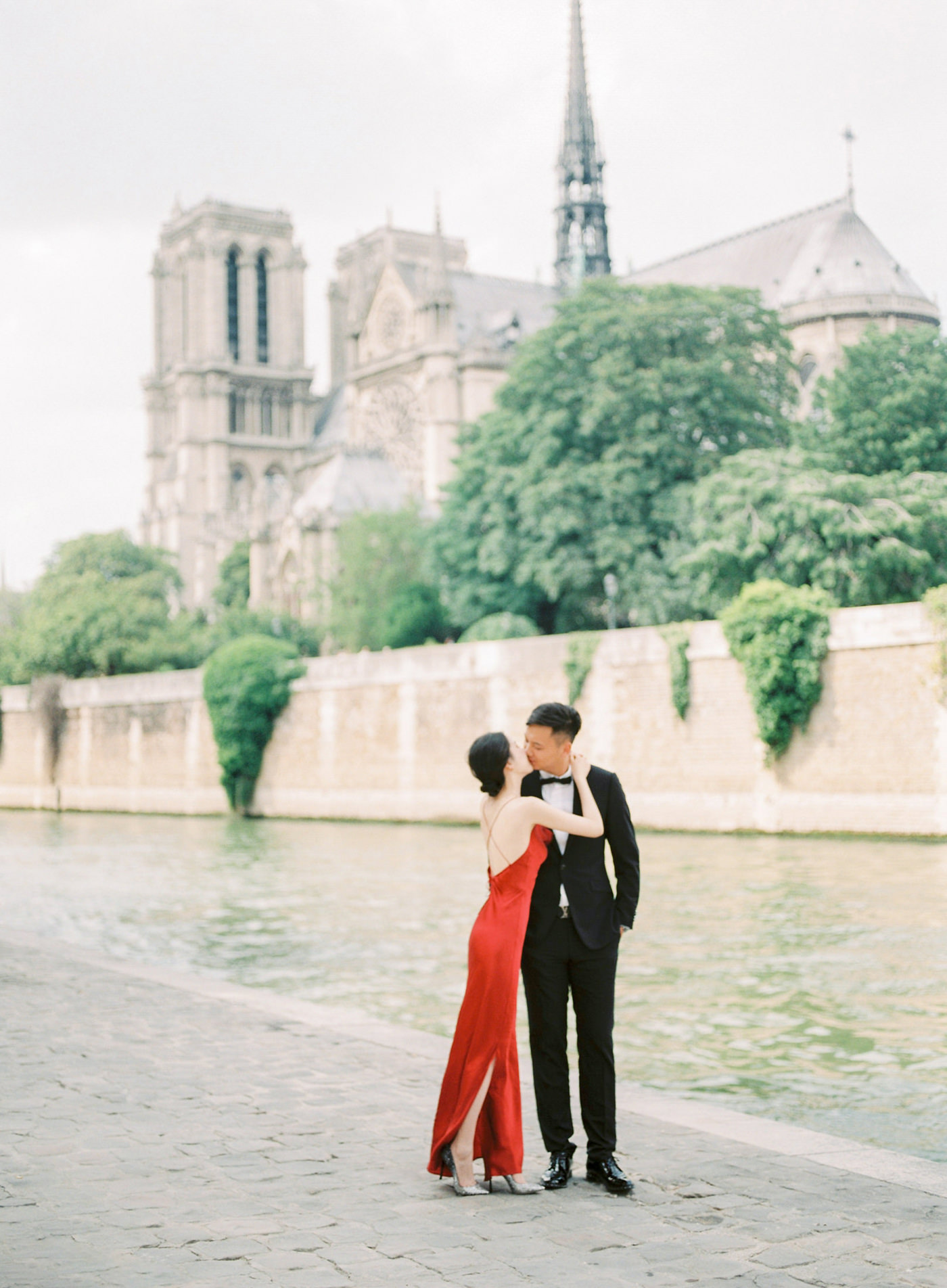 Yuan & Henry Paris Prewedding by CHYMO & MORE Photography (http: