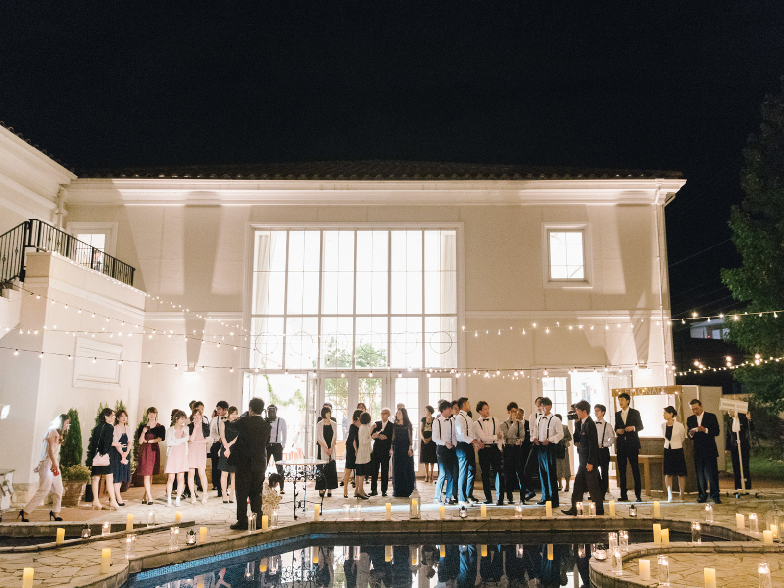 poolside summer wedding   japan