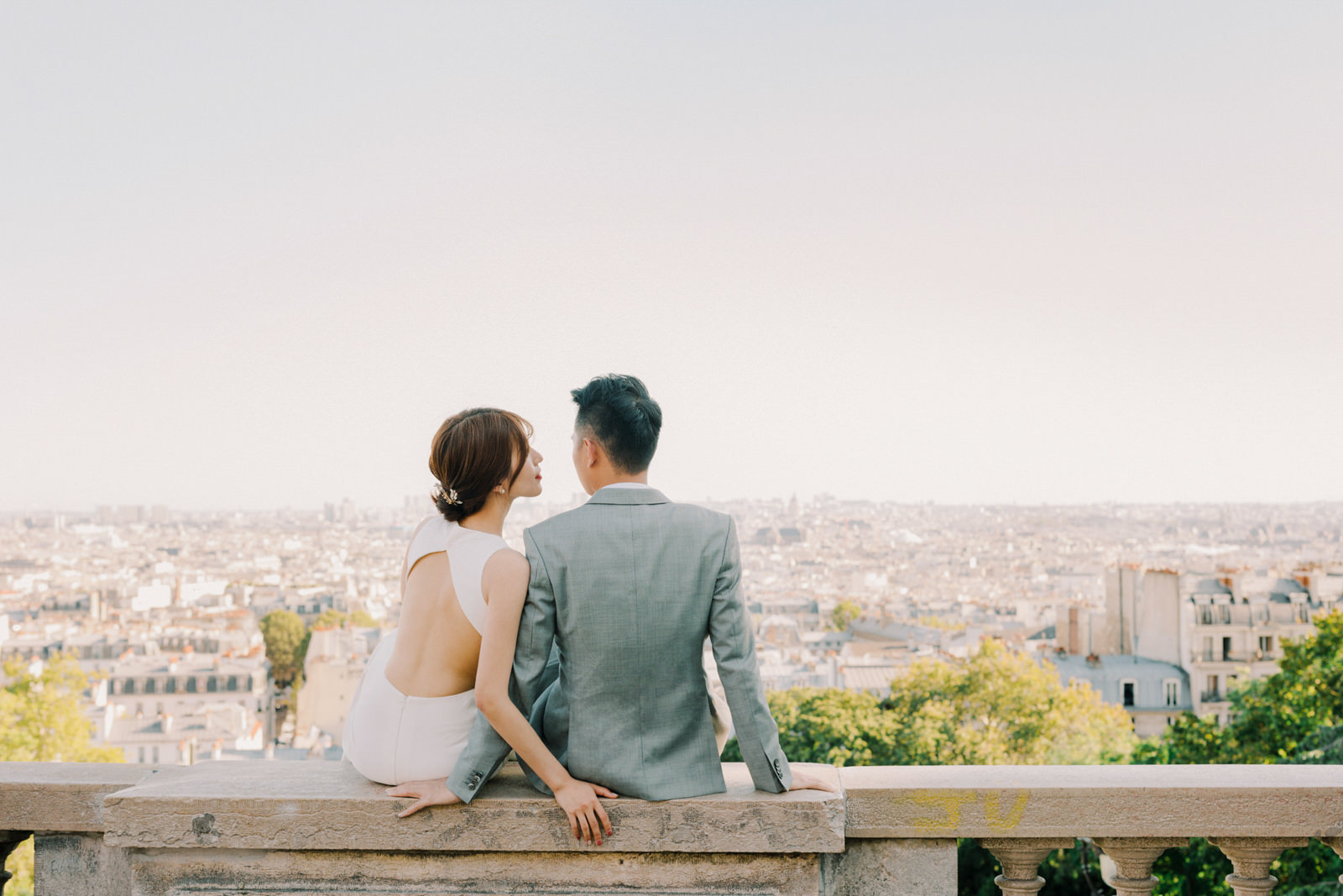 Montmartre Paris Fine Art Pre Wedding Photo by CHYMO & MORE