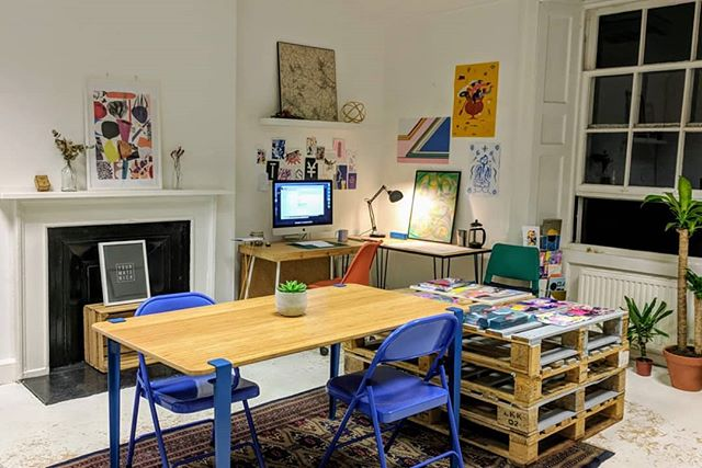 Due to a studio reshuffle, we have some desk spaces available in Studios 3 & 6 (pictured). Link in bio for more information 📣 Tell your friends!  #studiospace #creativespace #creativecoworking #creativeedi