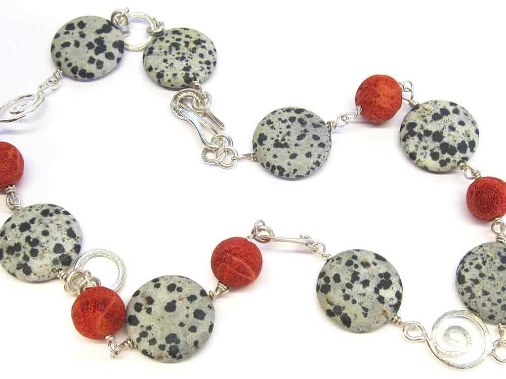 Gabriella-Sellors-necklace.jpg