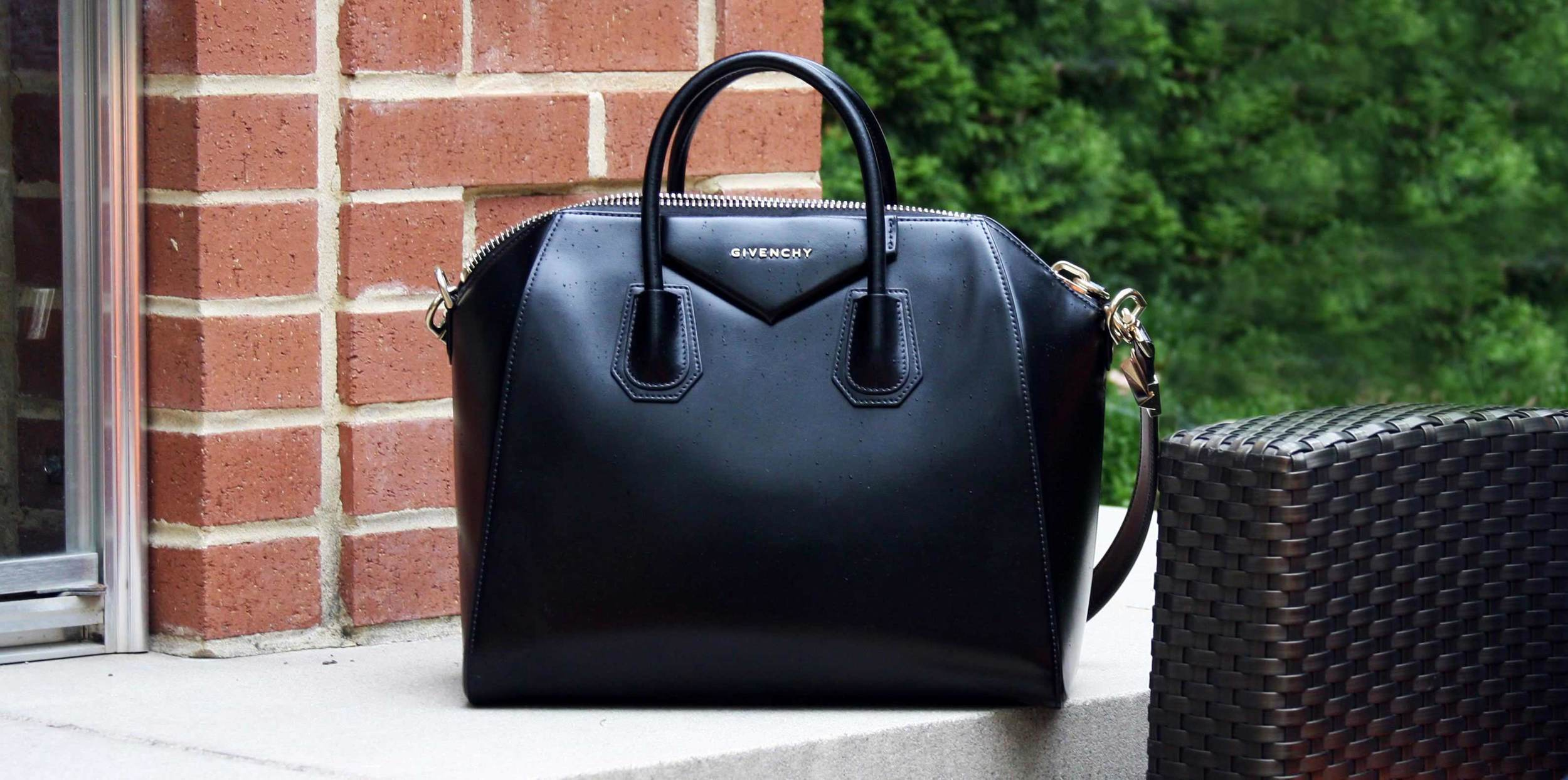 womens-fashion-blog-givenchy-handbag-black-leather-thank-you-cinderella.jpg