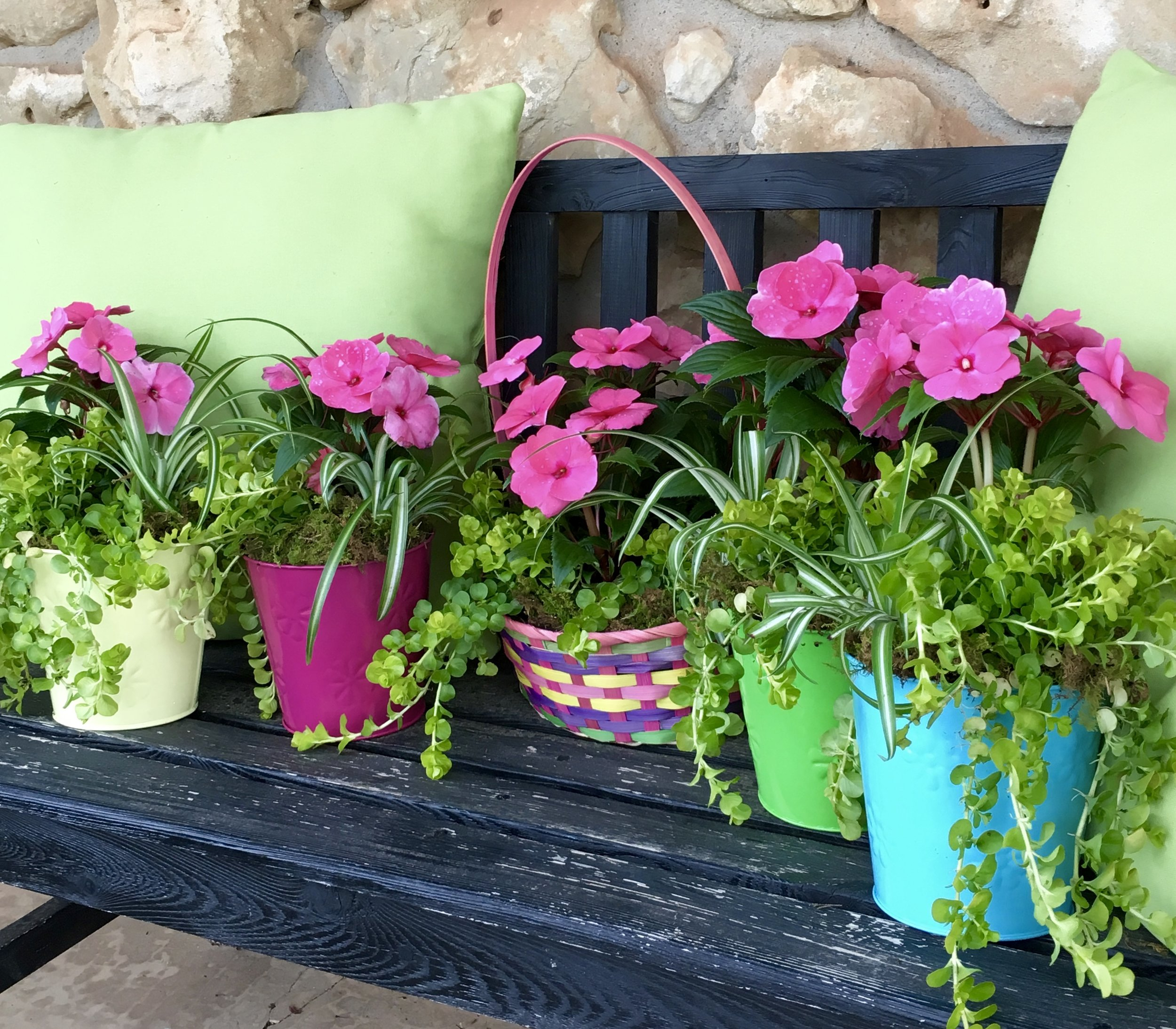 Darling spring centerpieces!   Do you need a pop of spring color for your entryway or outdoor table? We have super cute spring pots available for $15 and Easter baskets for $25. Perfect for your spring entertaining, hostess or teacher gifts.