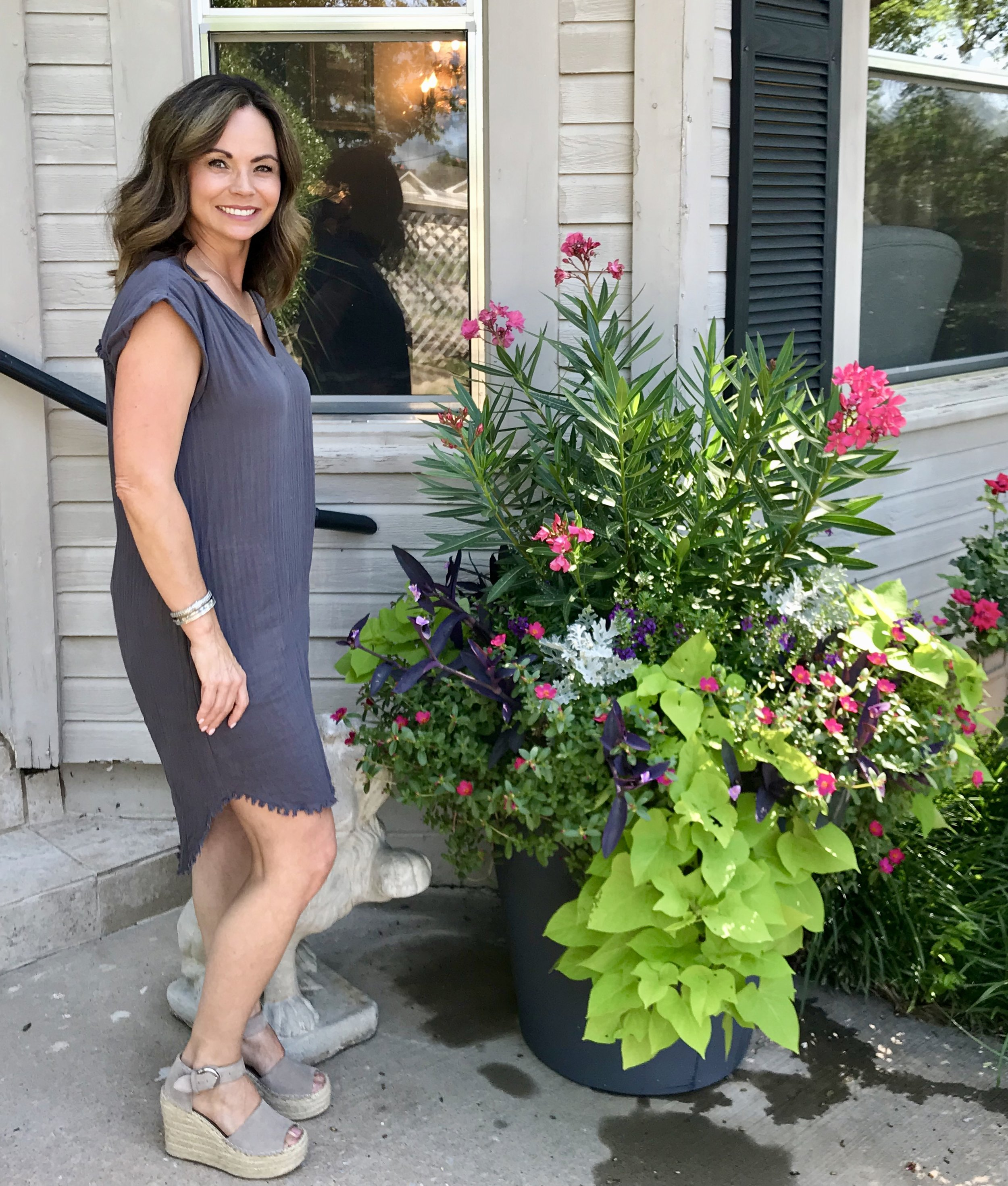 "Curb appeal shout out!    We've been helping Tammy Cole, Owner of Bella Salon in Edmond, with her outdoor planter for years. This fabulous salon is in a darling house on Broadway and 4th Street in Downtown Edmond. Hearing comments from sweet clients like Tammy makes our day. ""I love using Adorn! Elizabeth is very creative and uses some unusual things that I would never even think to use in a planter. It looks great year round even in the winter months when my pot would normally be empty. I love the convenience of knowing that it is the one thing I don't have to think about and can check off my to do list. Elizabeth is always there once a month to make sure our salon looks fresh and green.""  Awww, thanks Tammy for letting us ""adorn"" the entrance to your salon. We appreciate your love of curb appeal!"