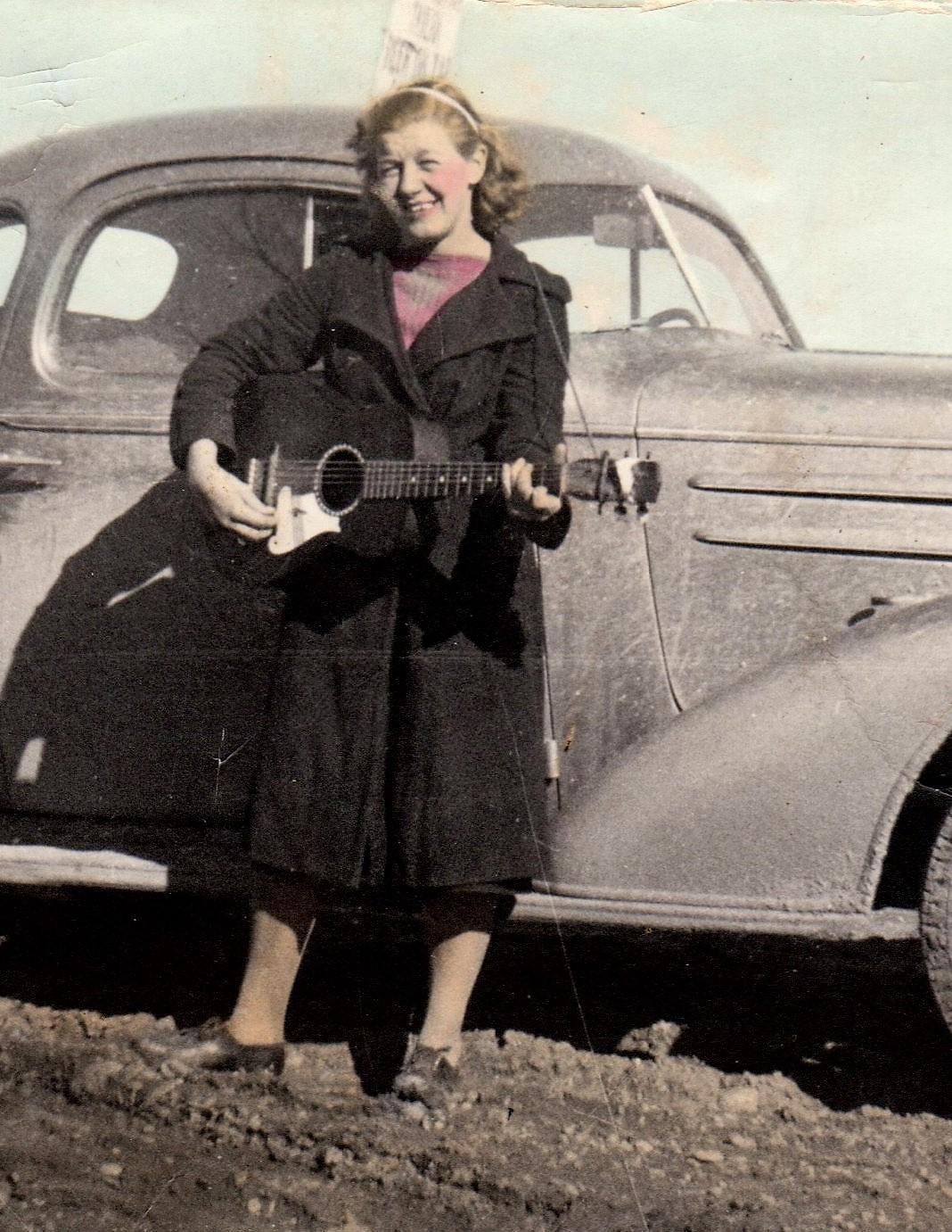 AlmaCar-1940-cropped.jpg