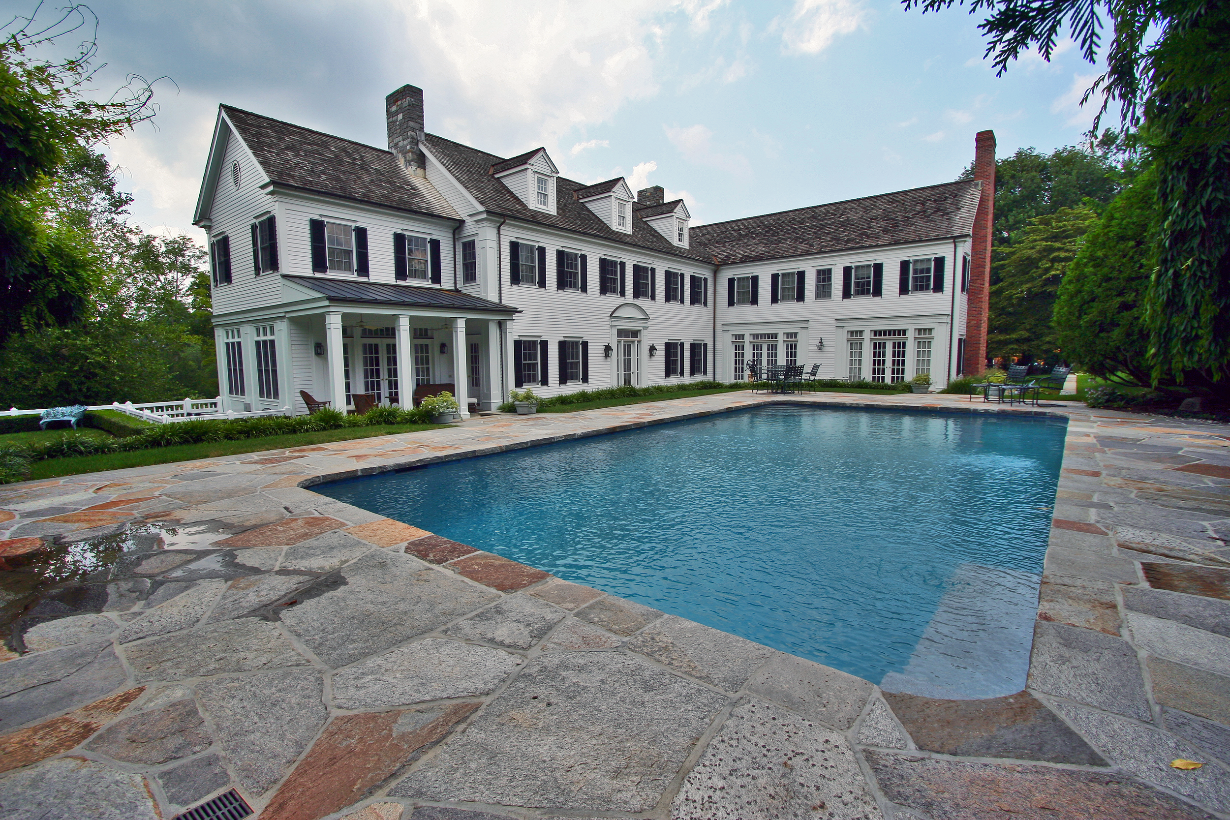 rec pool, pool house (5).png