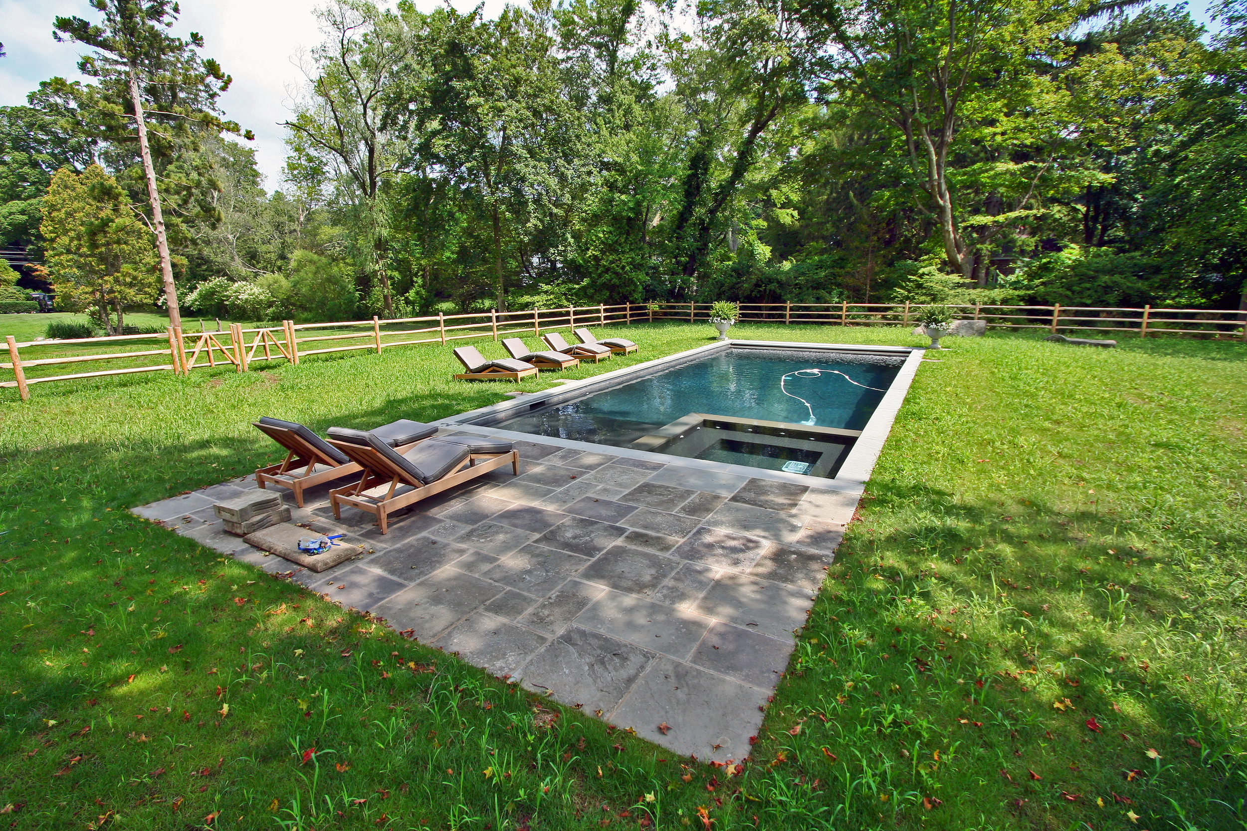 rec pool, patio 1 side (1).png