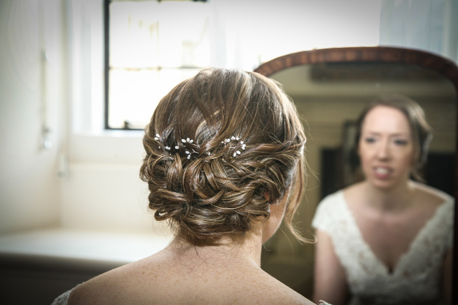 Claire wearing bespoke Florrie hair pins with rose gold wire