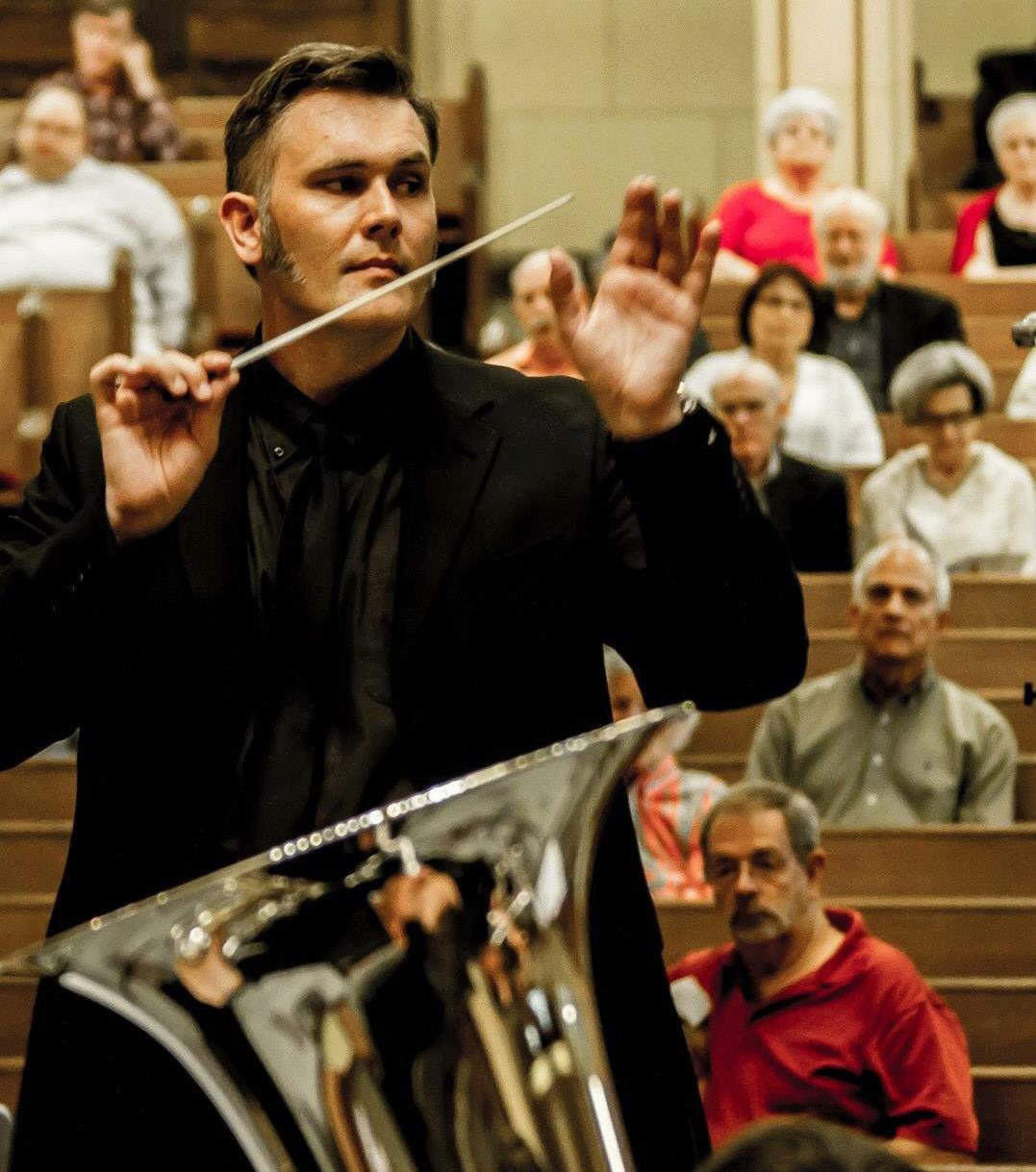 Brian English, conductor DFW Brass .jpg