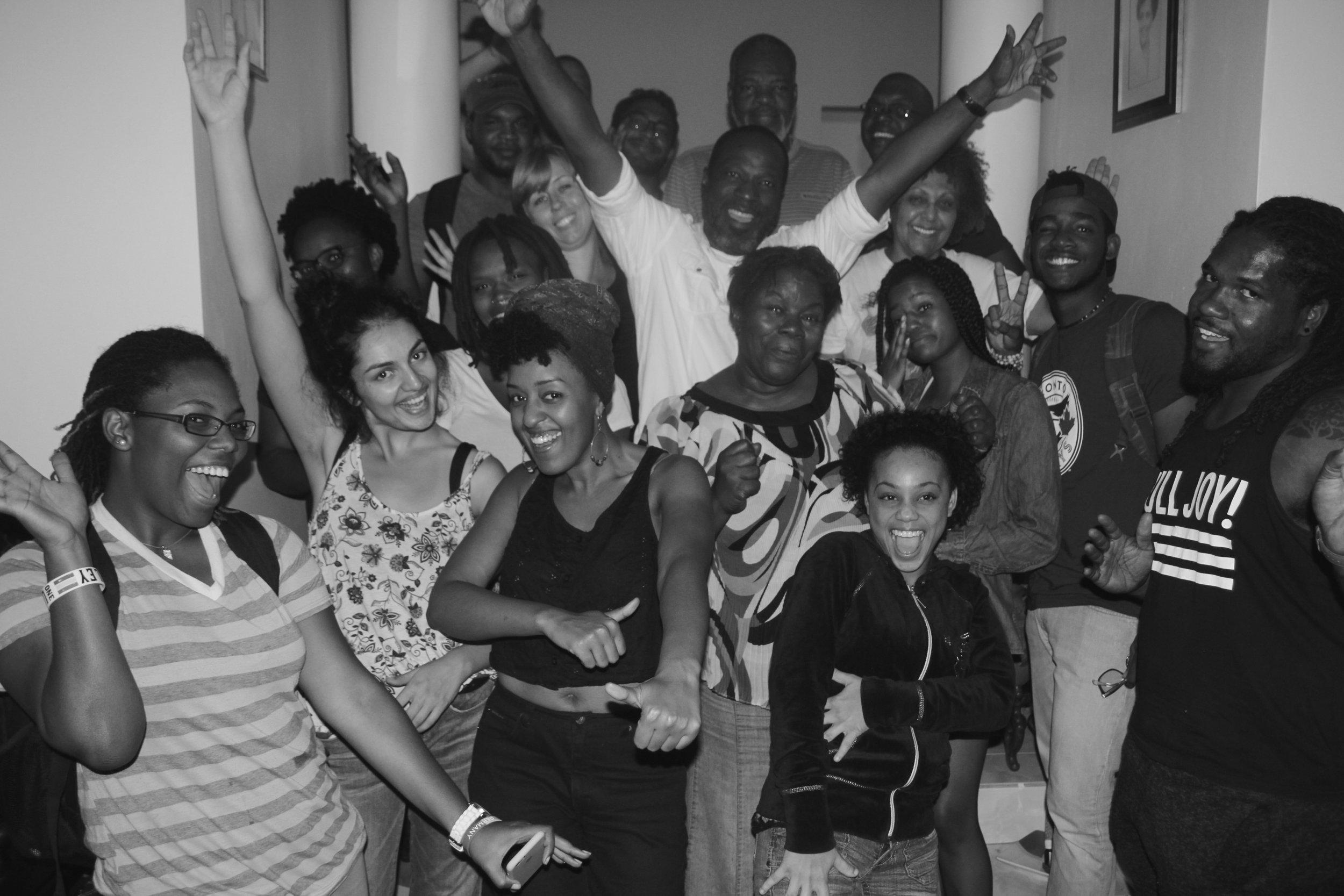 Cast & Crew photo upon wrap!