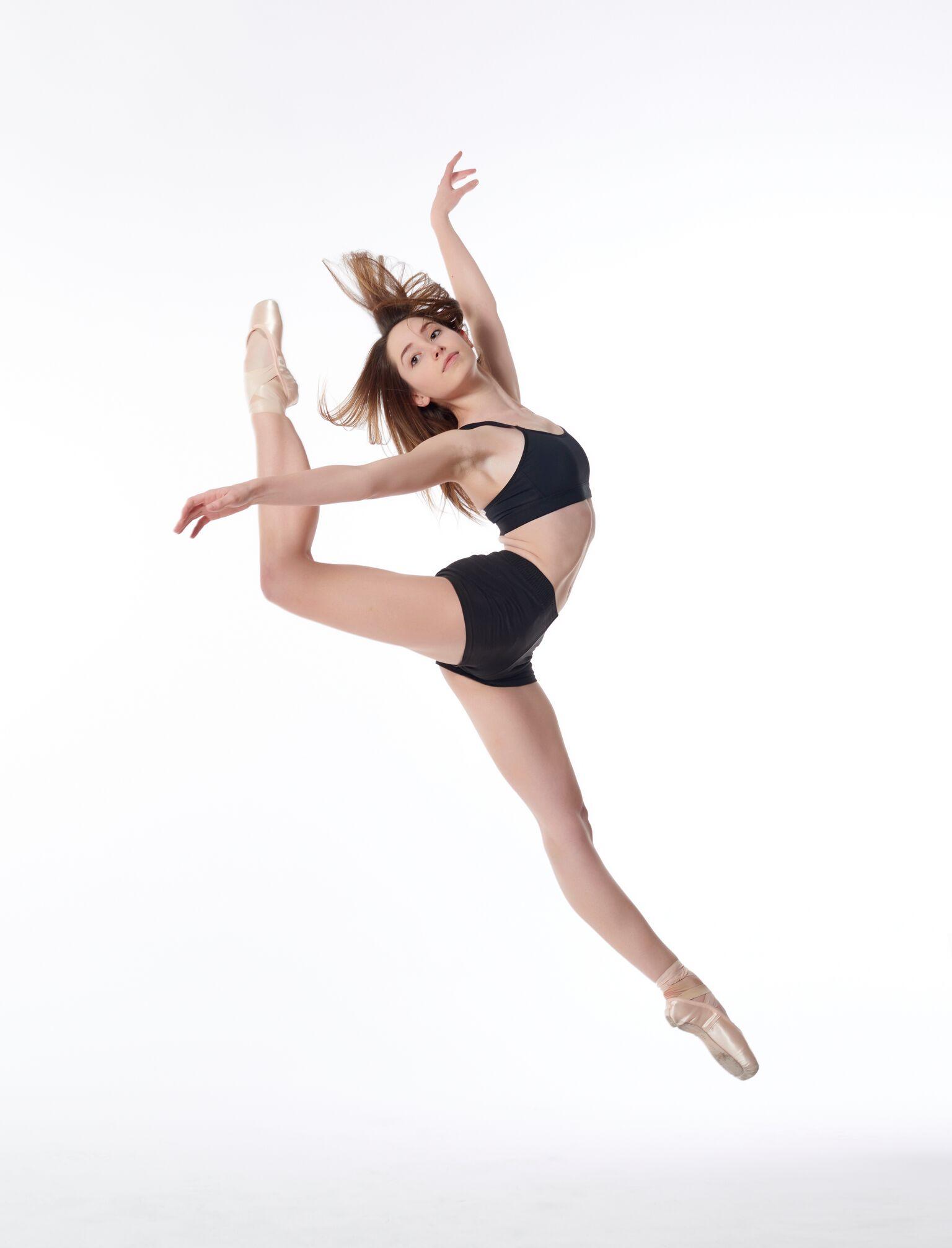 Leah Hiller