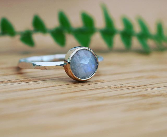 A particularly beautiful moonstone heading to its new owner today. Set in eco gold on an eco-silver band. Always a favourite and each stone unique in its own way 😍