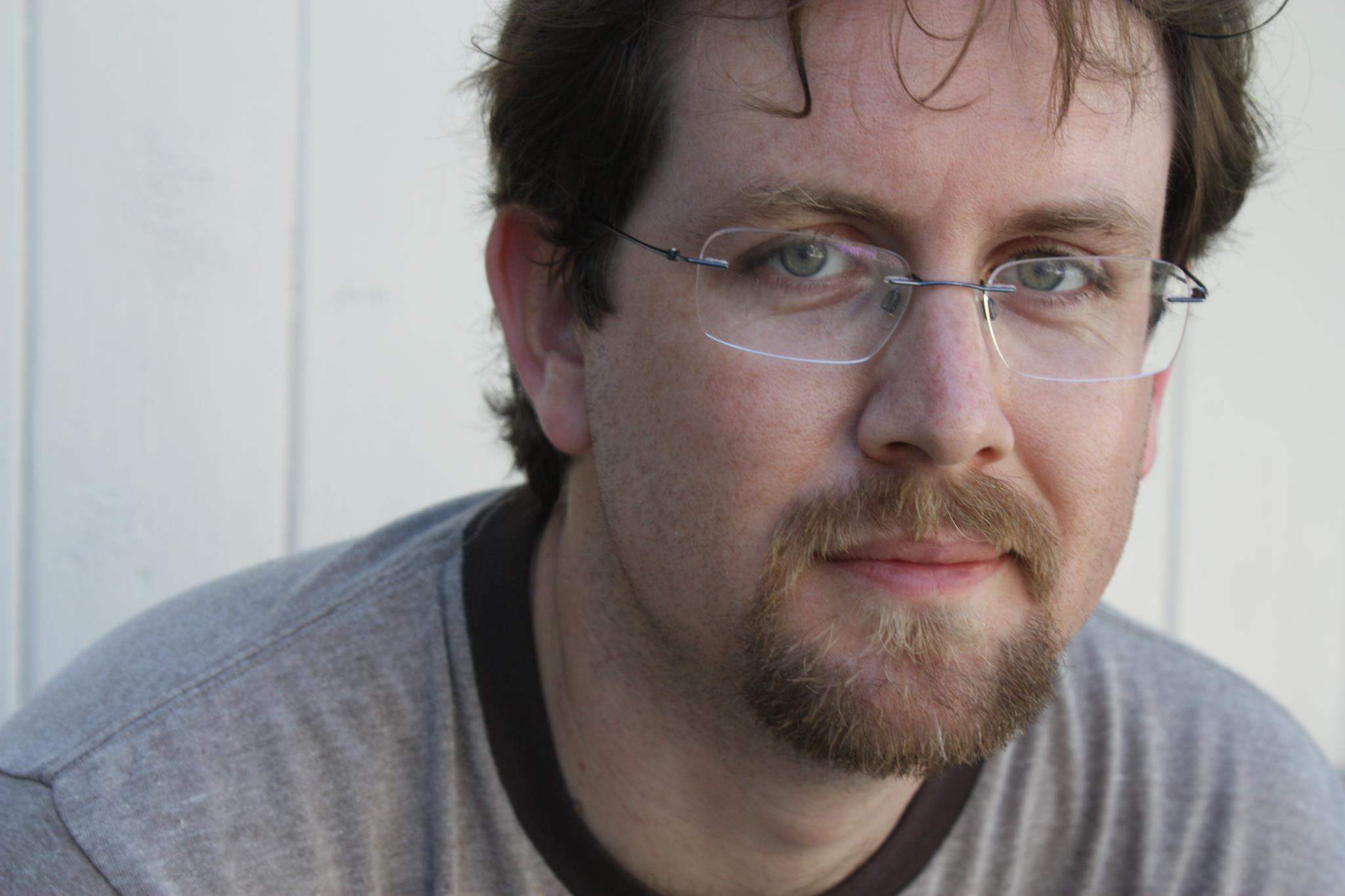 Jon Hollins Author Photo.jpg