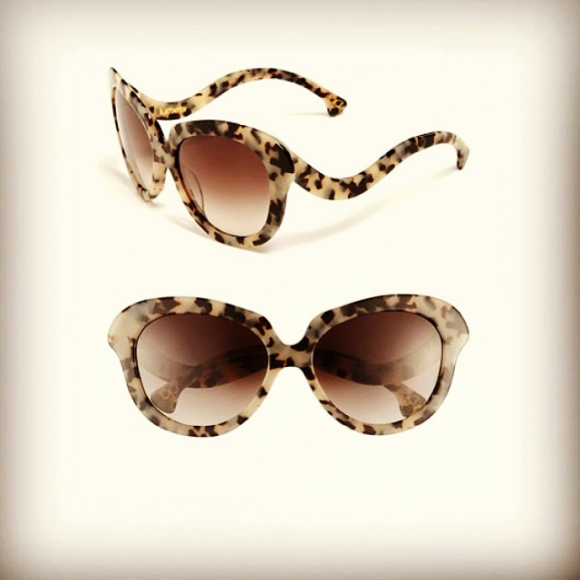 #sunglasses #sunnies #shades #shades #retro #chic #optical #modernoptical #frames #womanswear #womansfashion