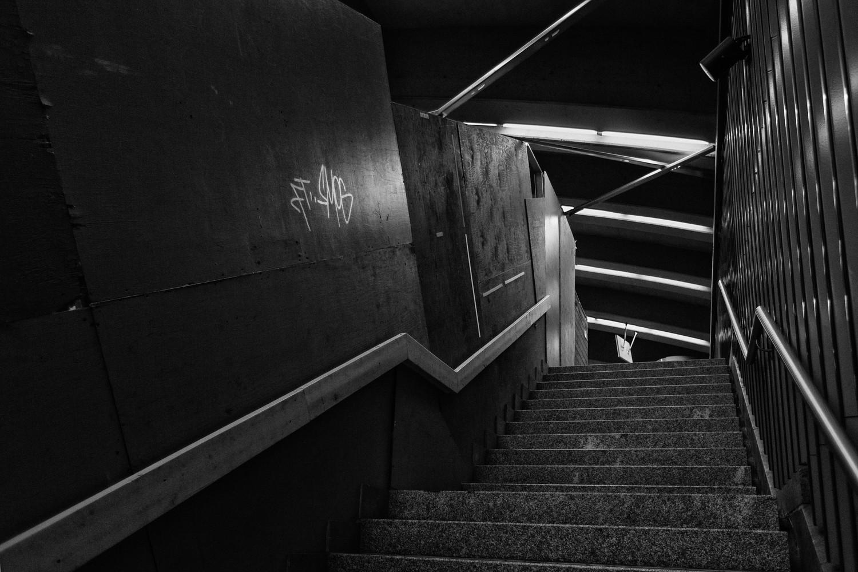 9_Grafitis Metro MTL-0412-13-Opt BnW.jpg