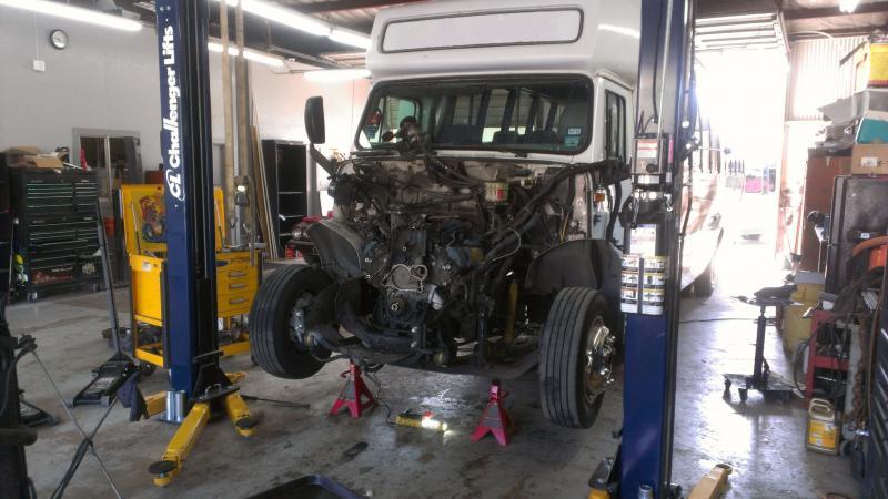 bus_engine.176202027_std.jpg