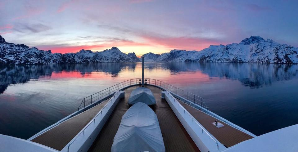 yacht legend.jpg