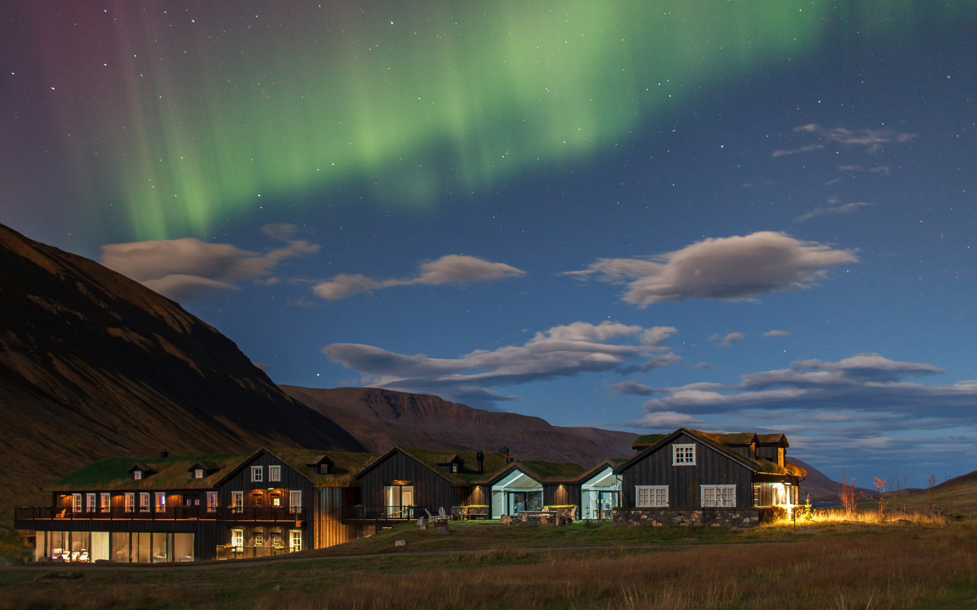 deplar-farm-iceland-northern-lights.jpg