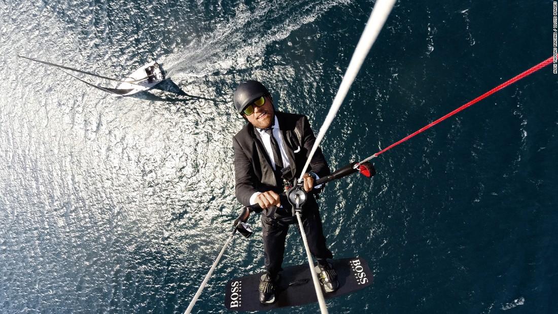 160315120044-alex-thomson-flying-stunt-super-169.jpg