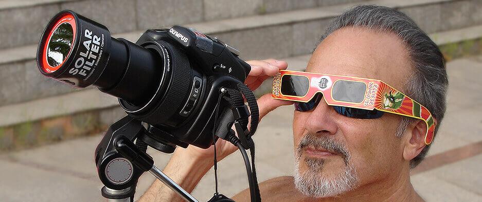 solar_filter_camera_guy_header_pic