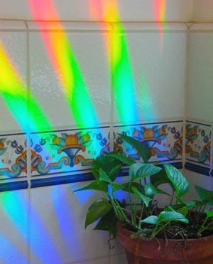 axicon_rainbow_burst.jpg