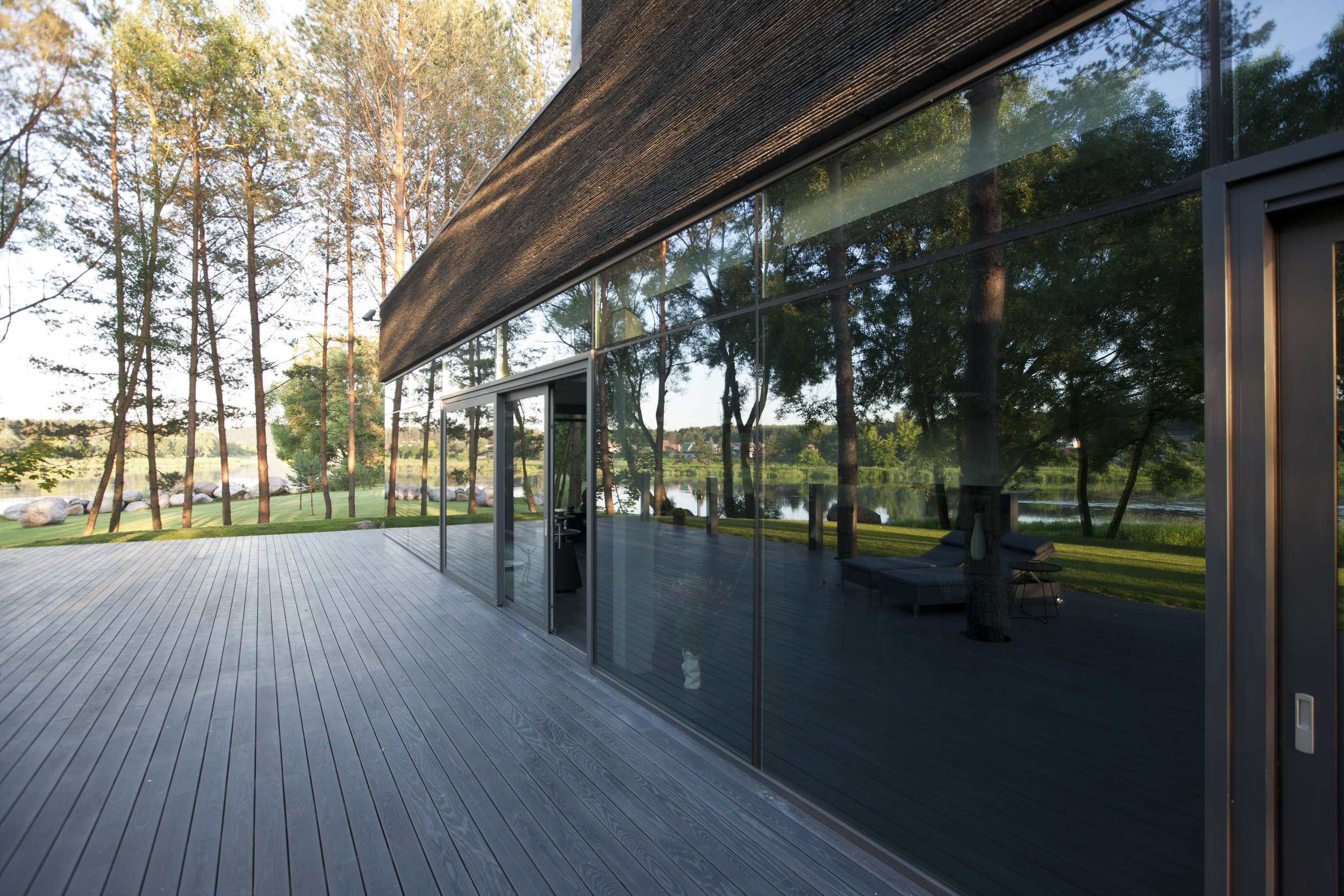 Thermo-treated Ash decking by WOODLIFE