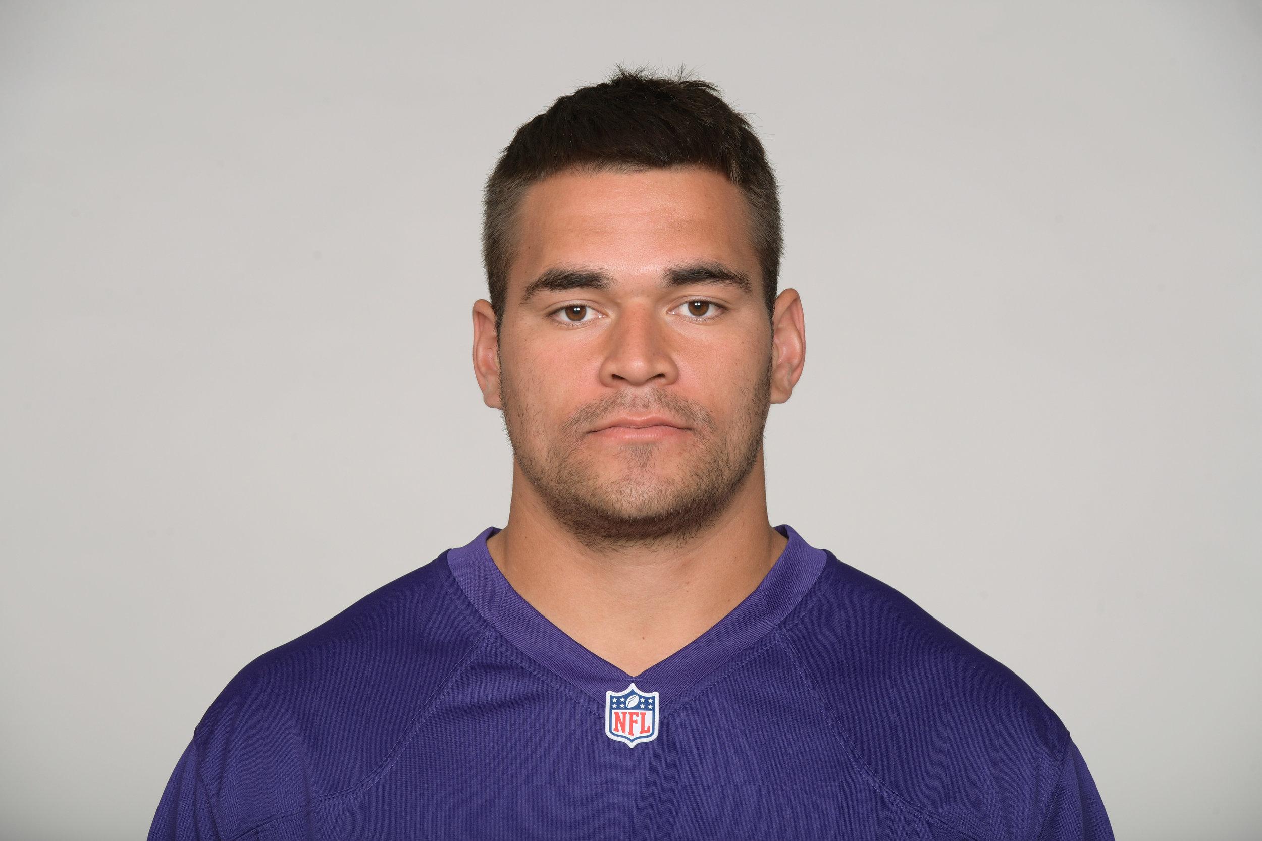 Kamalei Correa, DE/LB, Tennessee Titans