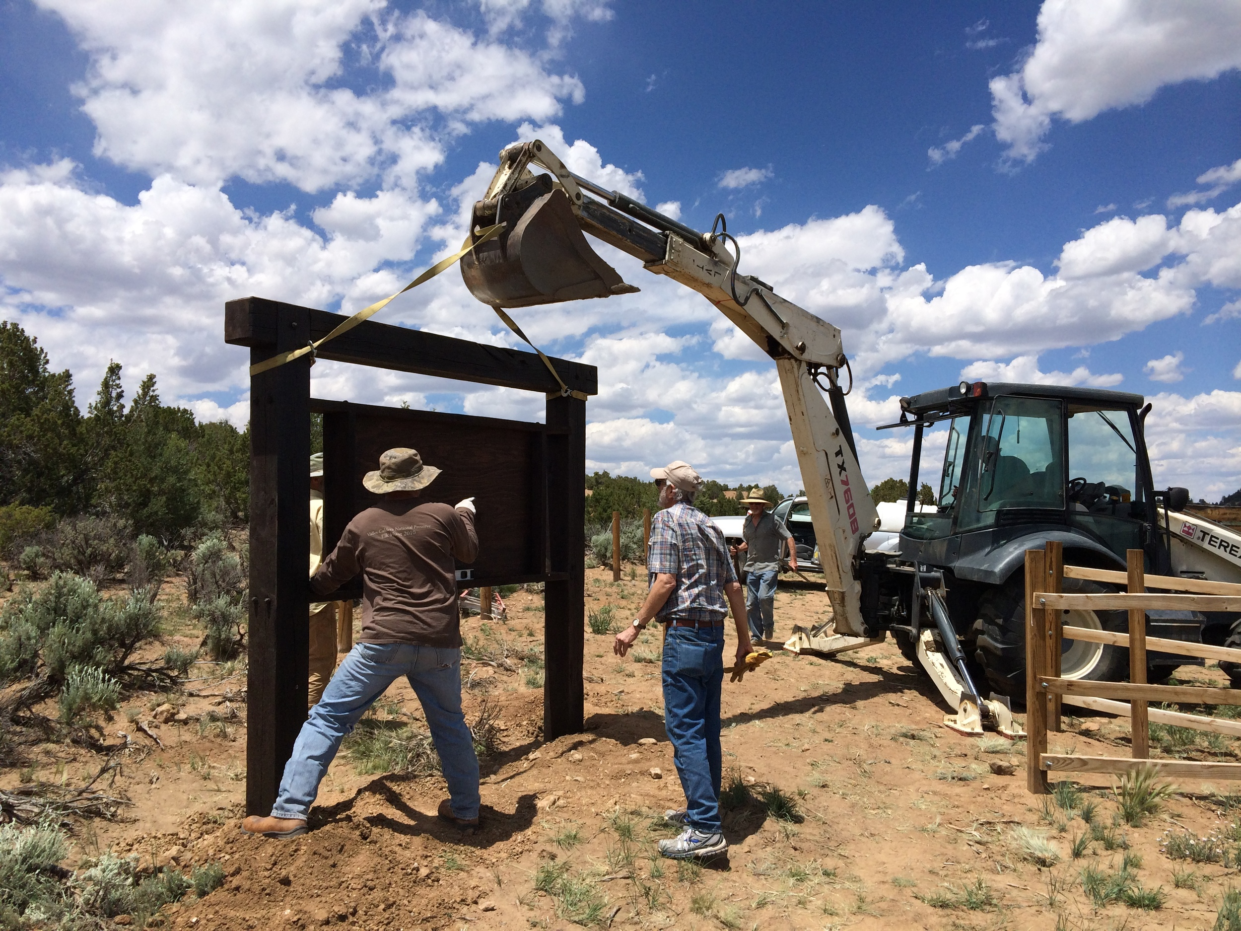 Fisher Trail Kiosk installation