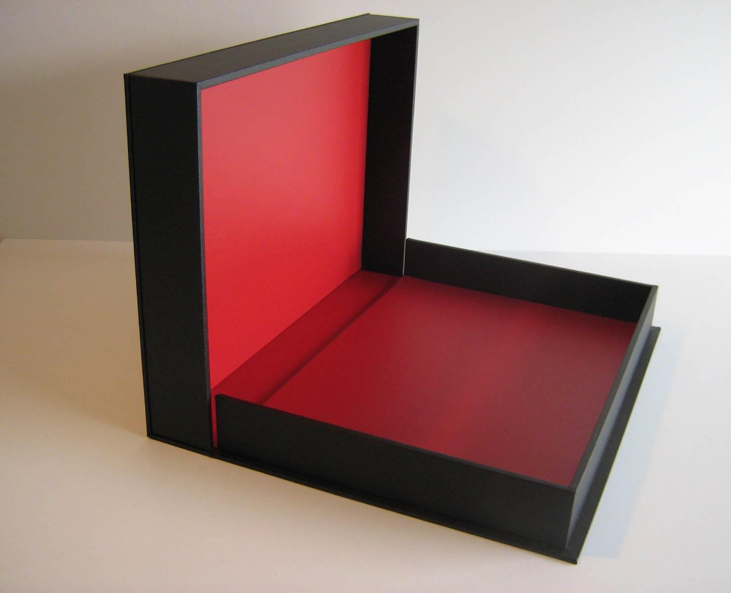 Clam-shell box