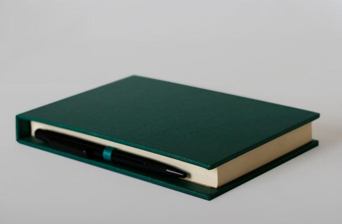binding_studio_notepad_holder2.jpg