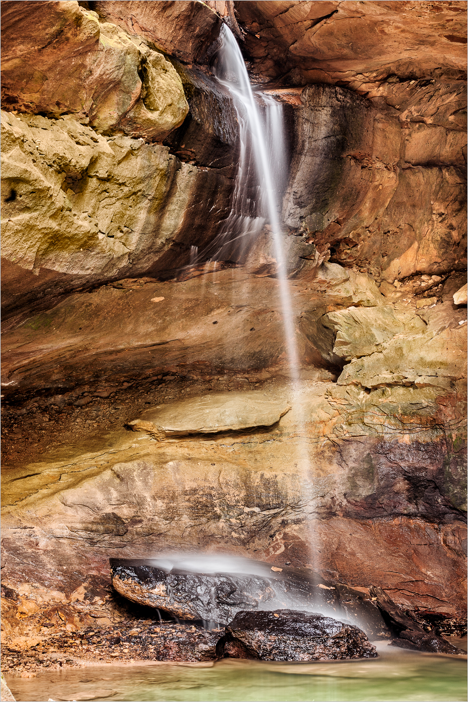 Waterfall at Conkle's Hollow, Hocking Hills    © Howard Grill