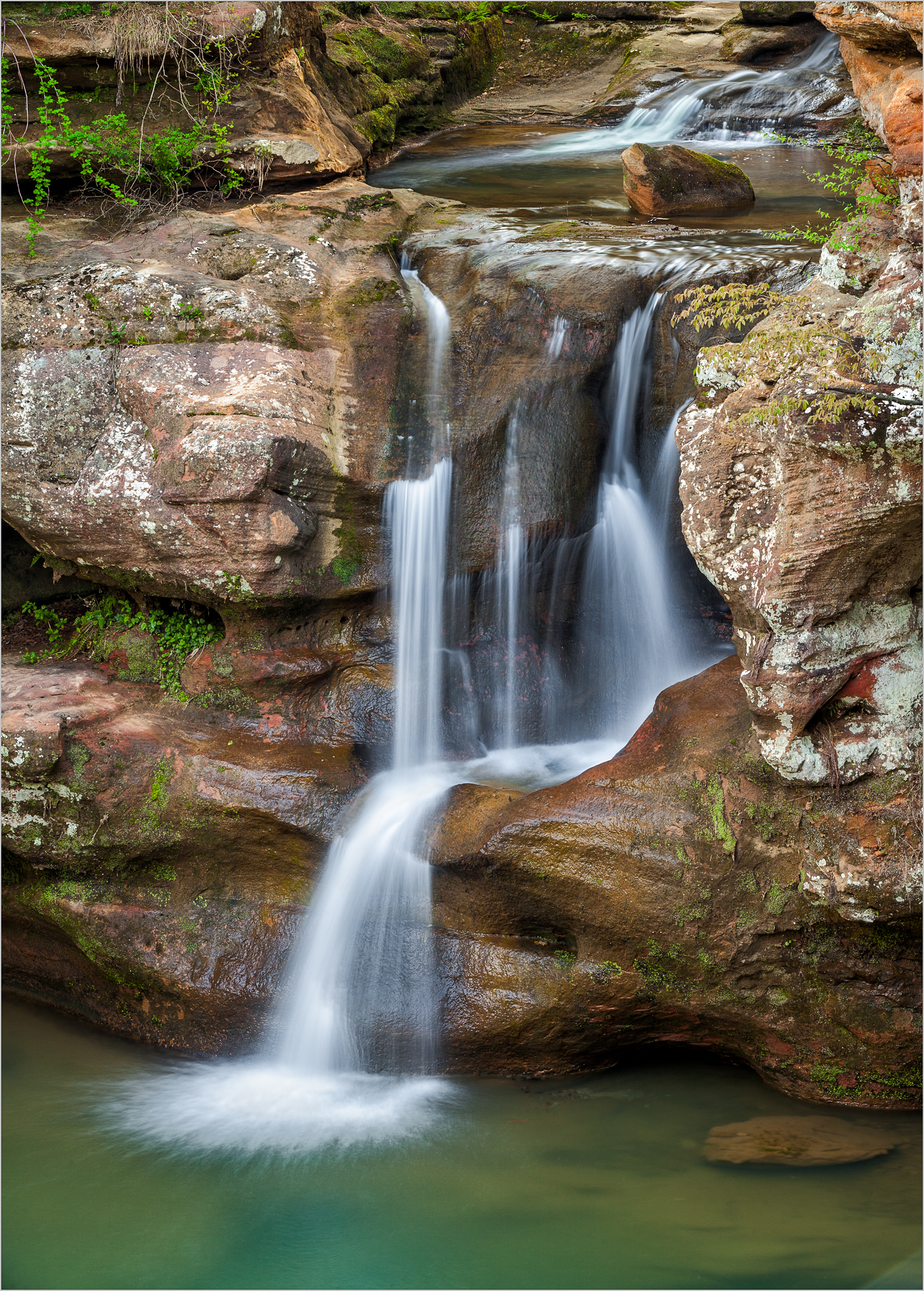 Upper Falls, Old Man's Cave, Hocking Hills     © Howard Grill