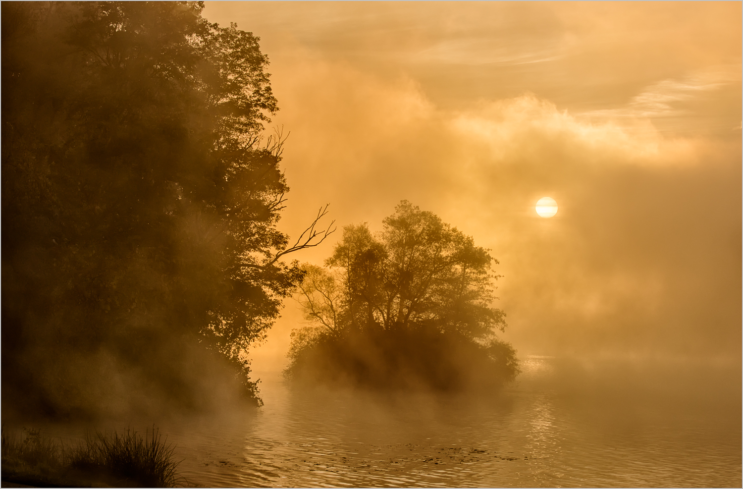 Lake Arthur Sunrise    © Howard Grill
