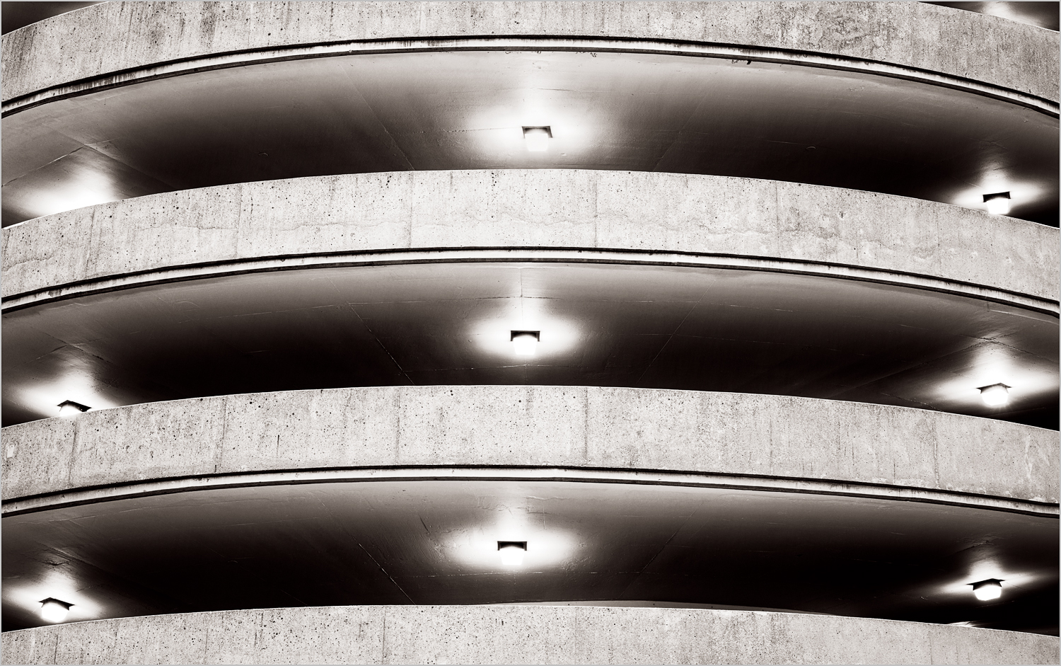 """""""Curves""""  © Howard Grill"""