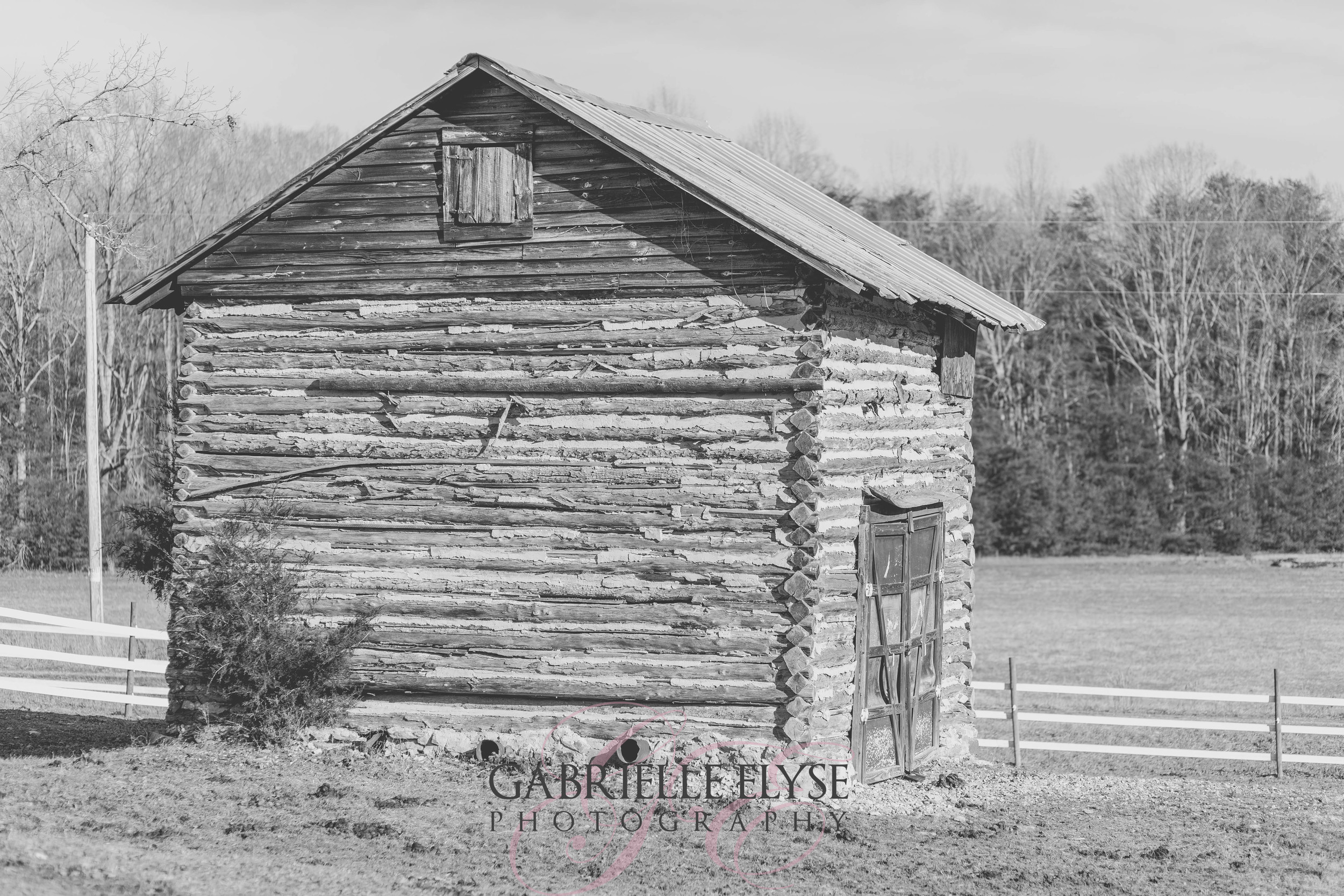 Something about old barns and houses that I just love