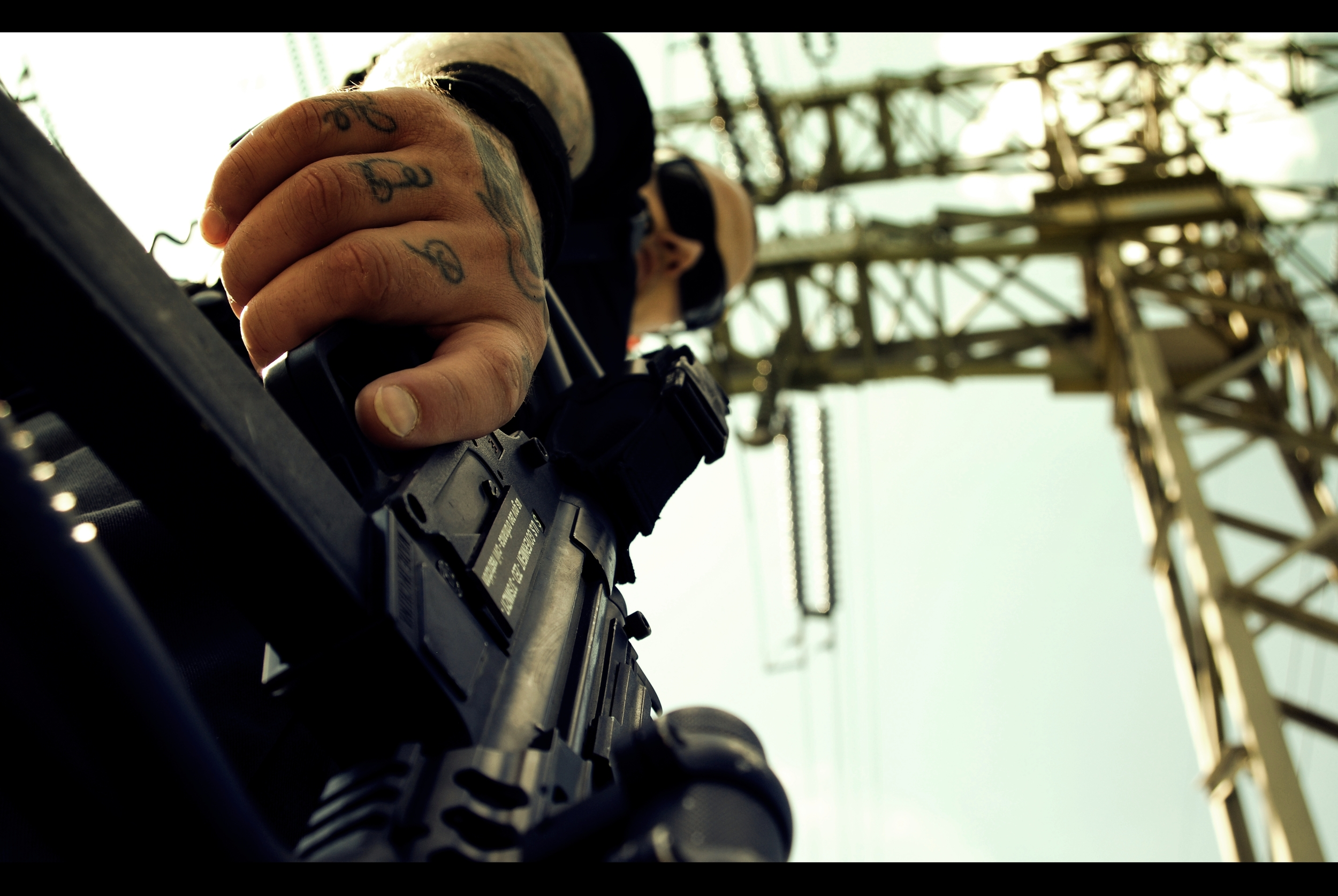 Gun 1 post.JPG