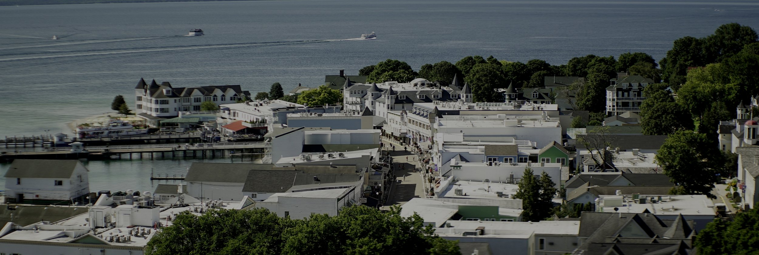 Mackinac_Downtown_From_Fort_1.JPG