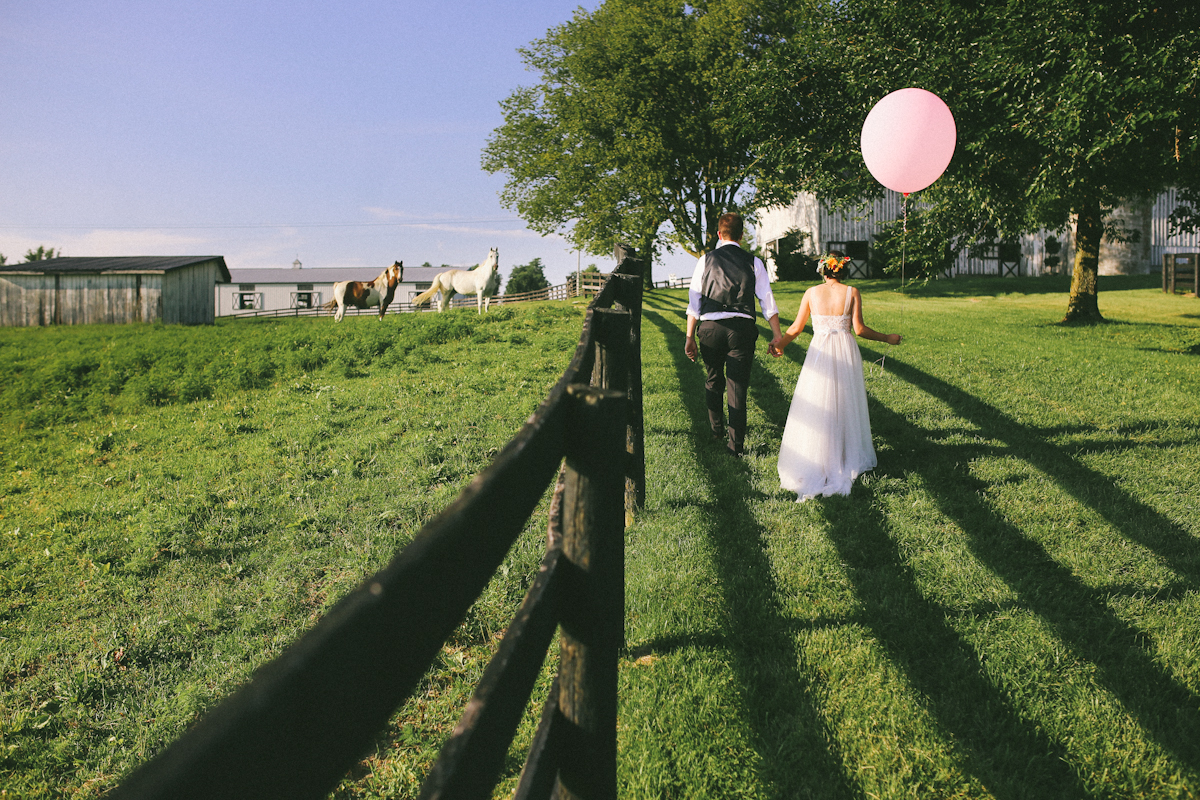 horse farm wedding bride and groom sunny balloon photographer
