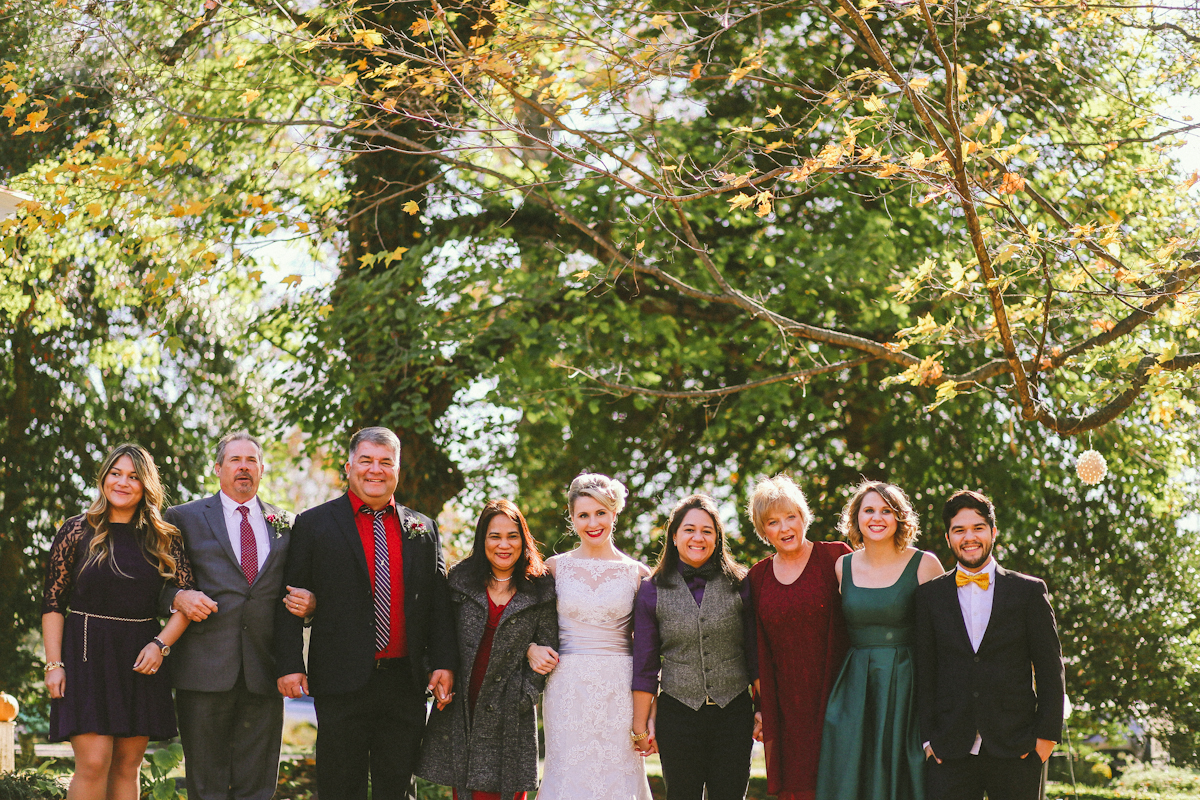 sunny brides and family wedding in midway kentucky