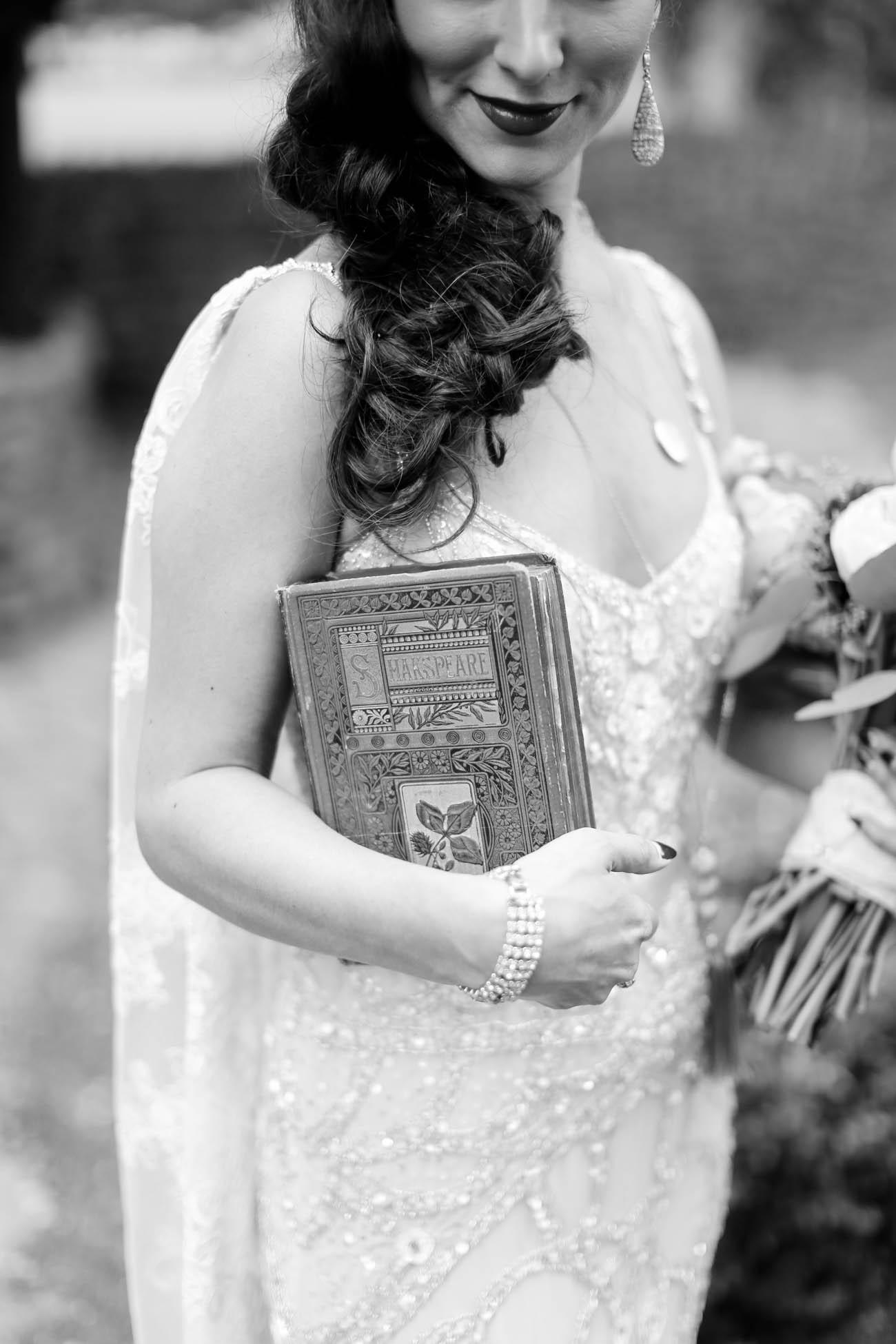 Speakeasy-1920s-theme-Louisville-and-Lexington Wedding-140.jpg
