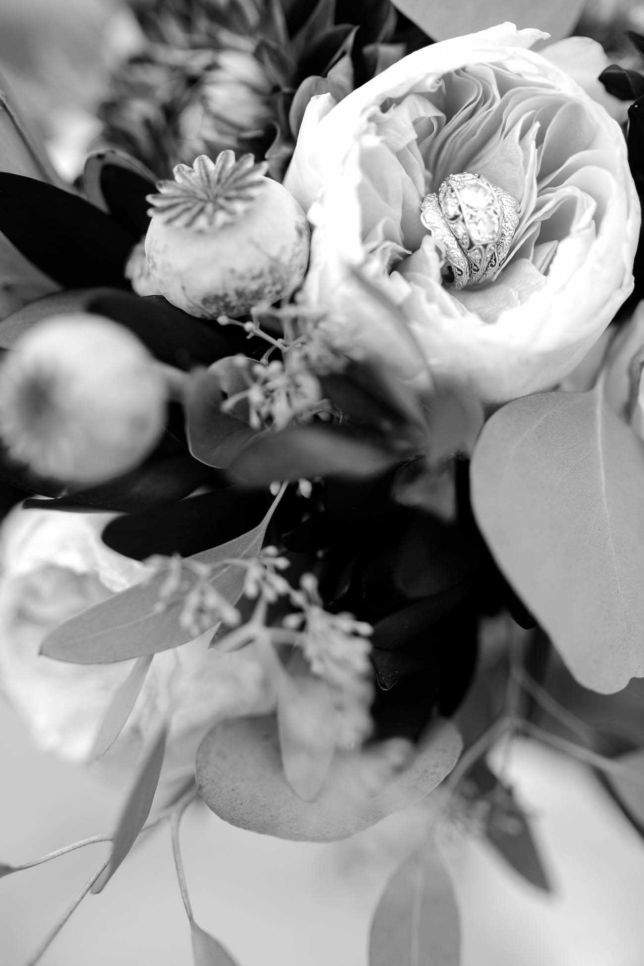 Speakeasy-1920s-theme-Louisville-and-Lexington Wedding-318.jpg